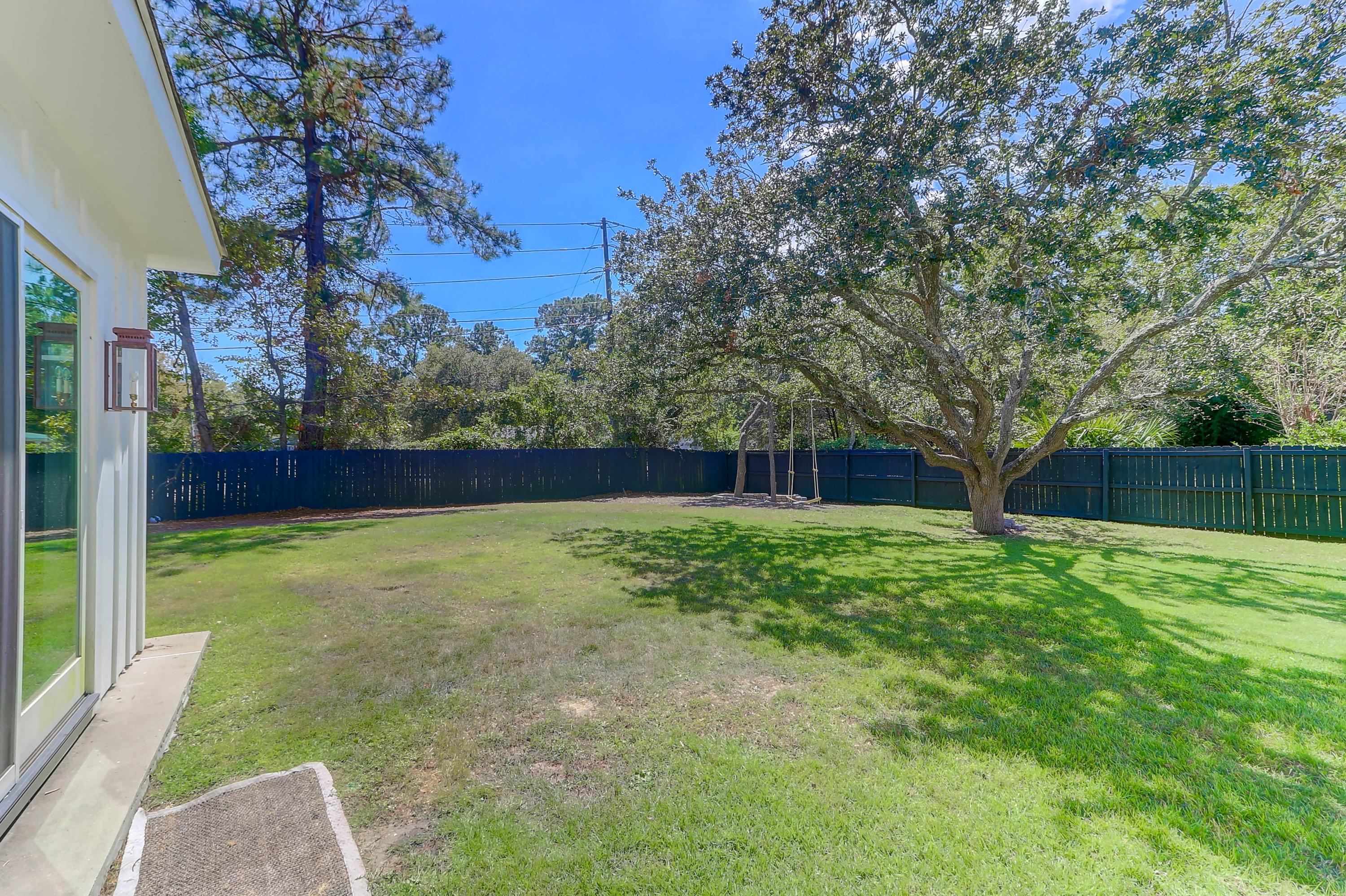 1483 Burningtree Road Charleston, SC 29412