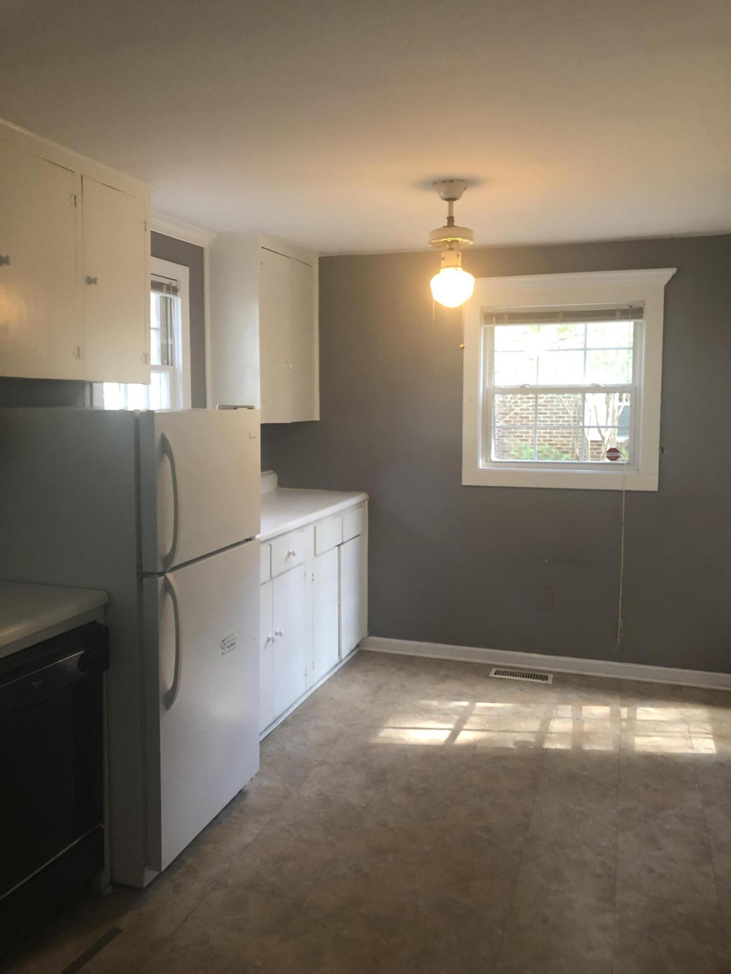 Old Mt Pleasant Homes For Sale - 733 Adluh, Mount Pleasant, SC - 2