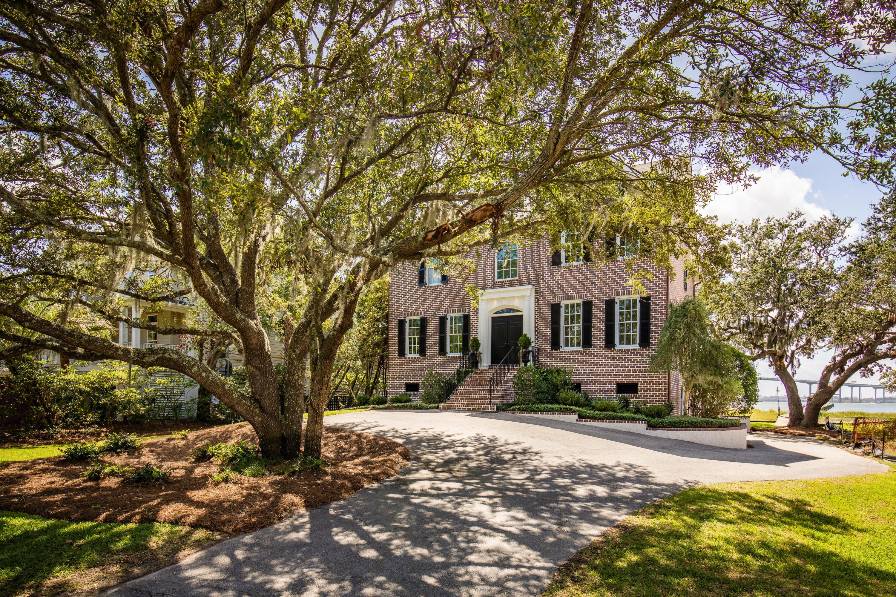 80 On The Harbor Drive Mount Pleasant, SC 29464