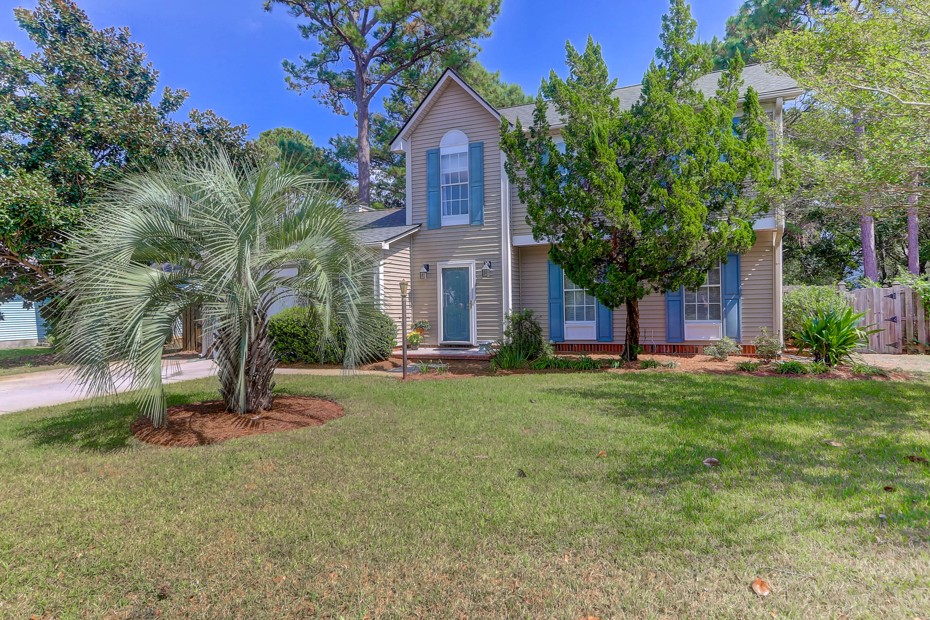 2035 Presidio Drive Mount Pleasant, SC 29466