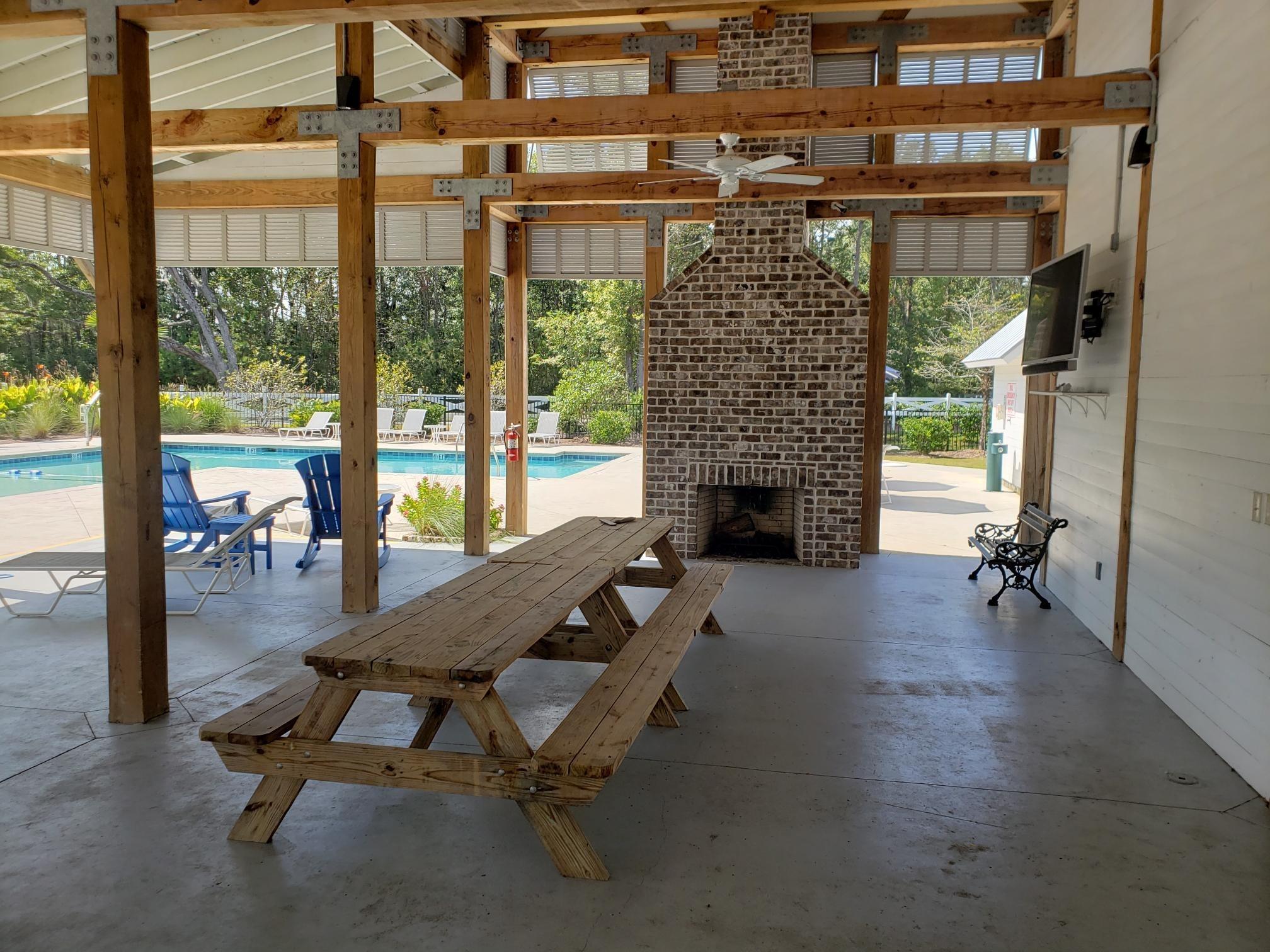 Tupelo Plantation Homes For Sale - 1979 Triple Crown, Mount Pleasant, SC - 3