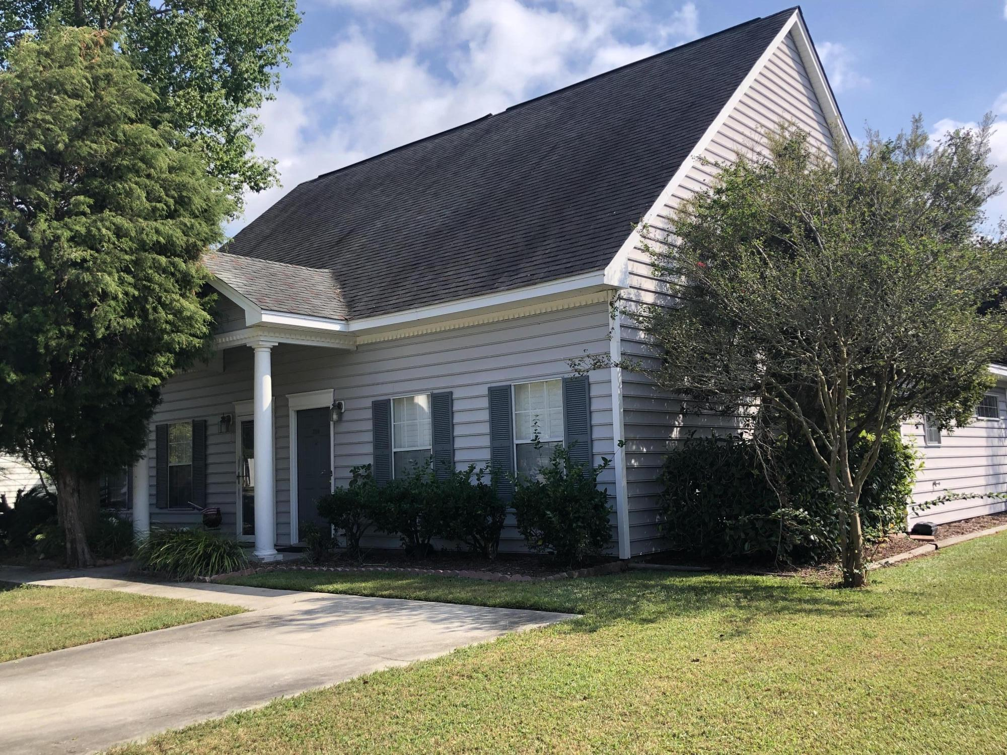 3149 Queensgate Way Mount Pleasant, SC 29466
