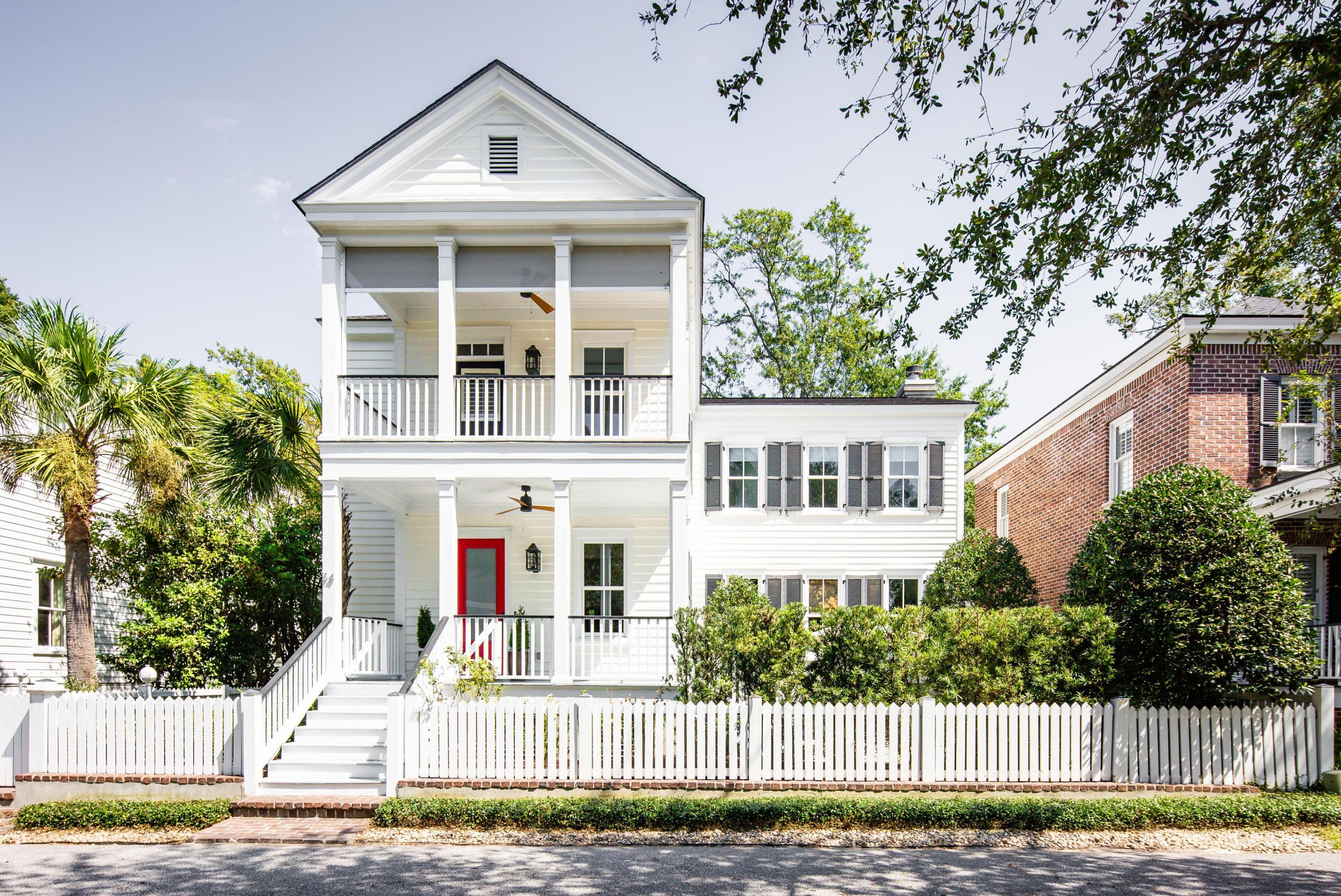 34 Isle Of Hope Road Mount Pleasant, SC 29464