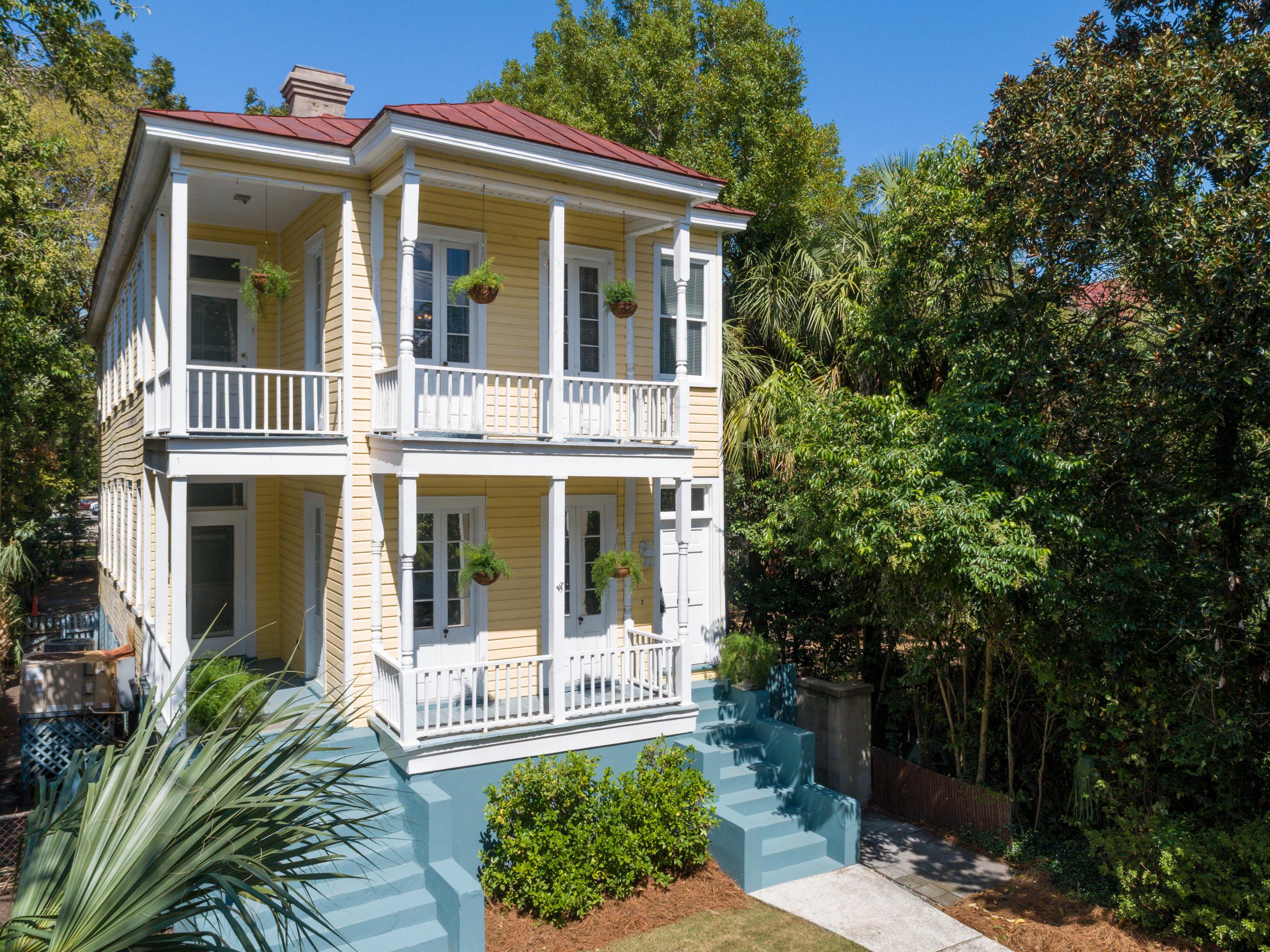 144 Queen Street Charleston, SC 29401