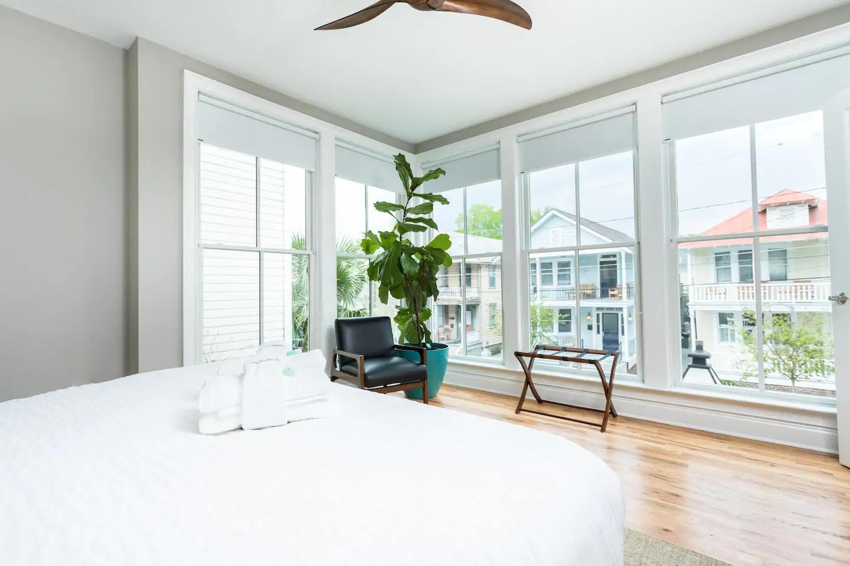 Homes For Sale - 47 Spring, Charleston, SC - 2