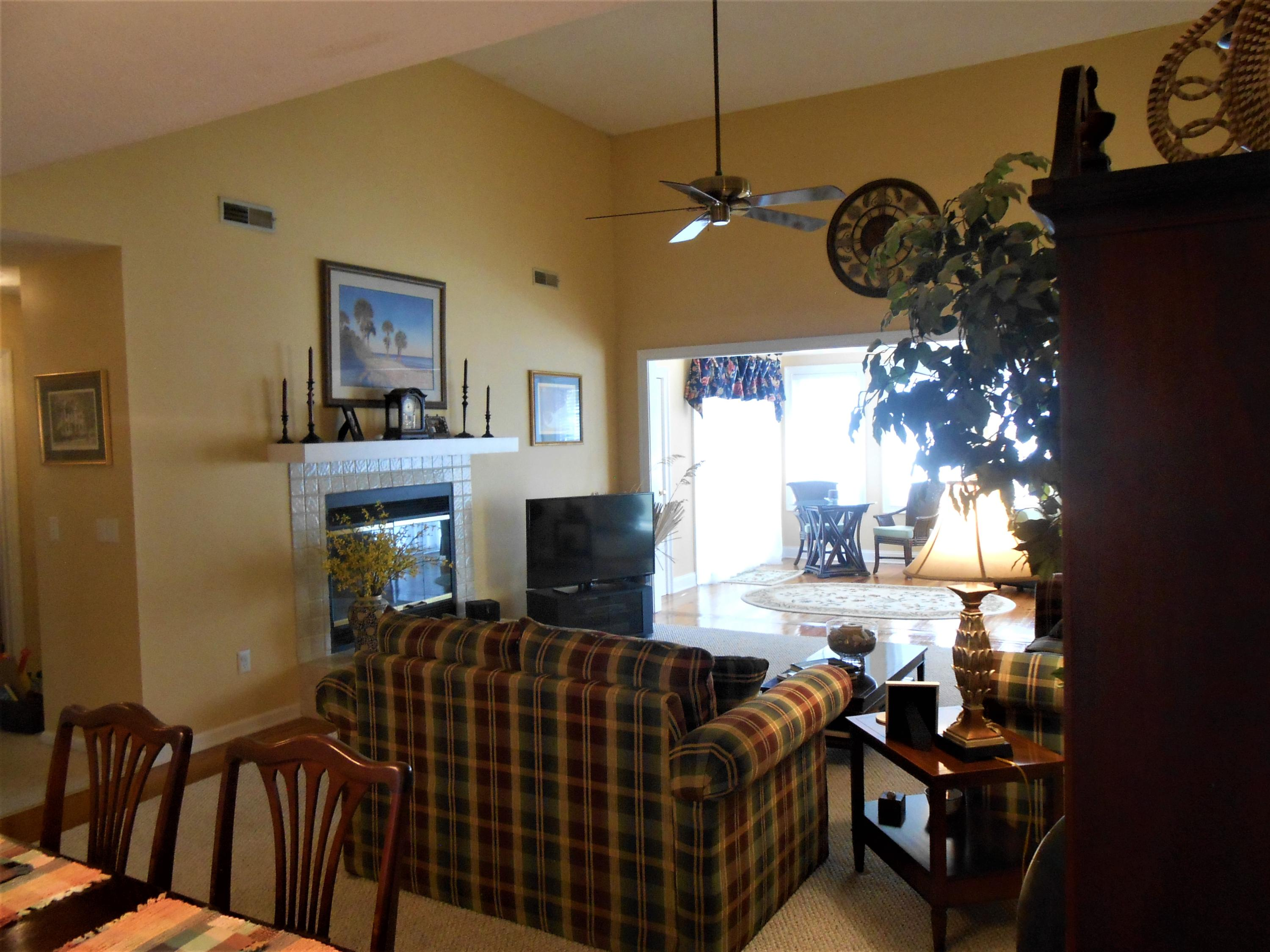 33 Battery Park Edisto Beach, SC 29438