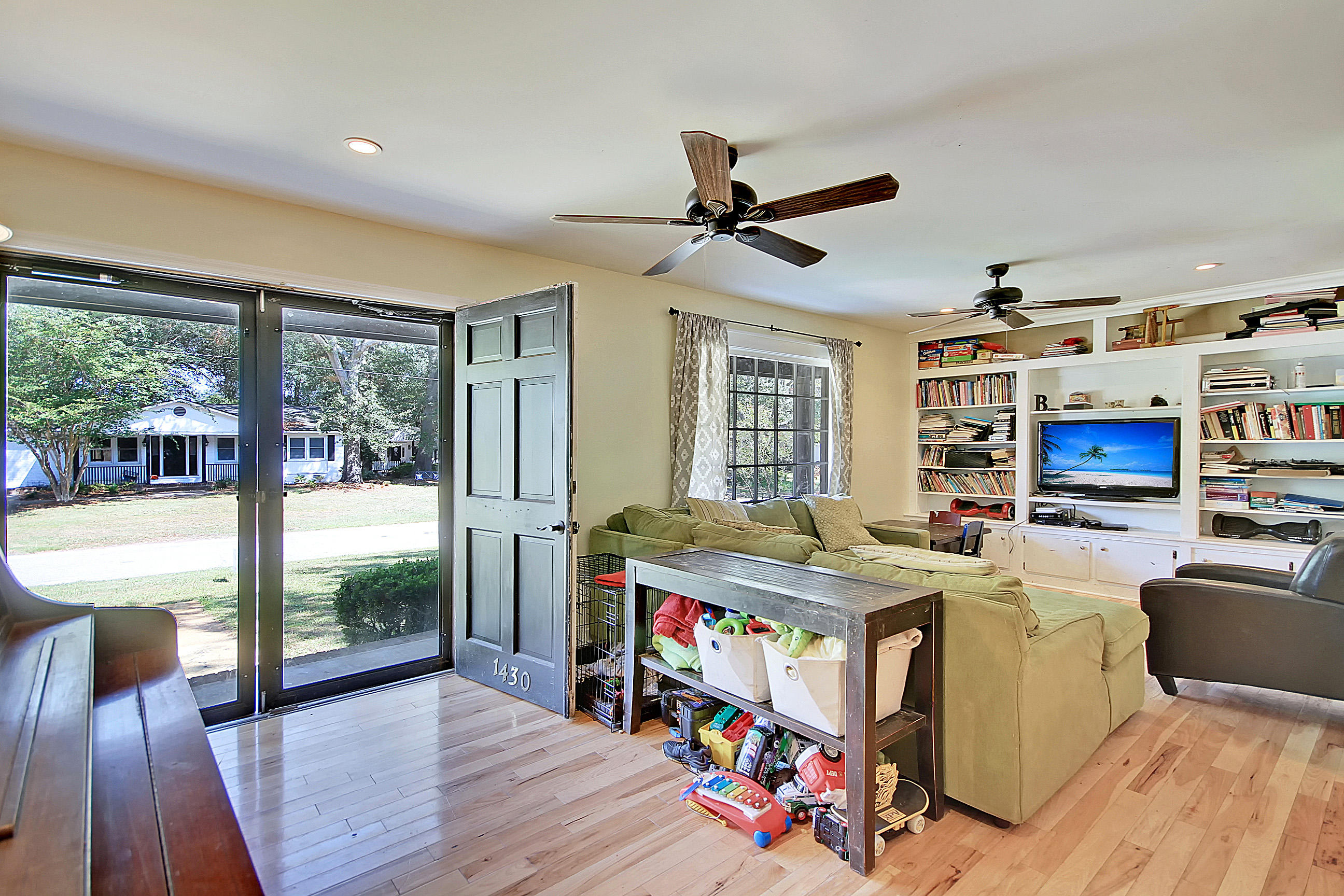 Ask Frank Real Estate Services - MLS Number: 19028000