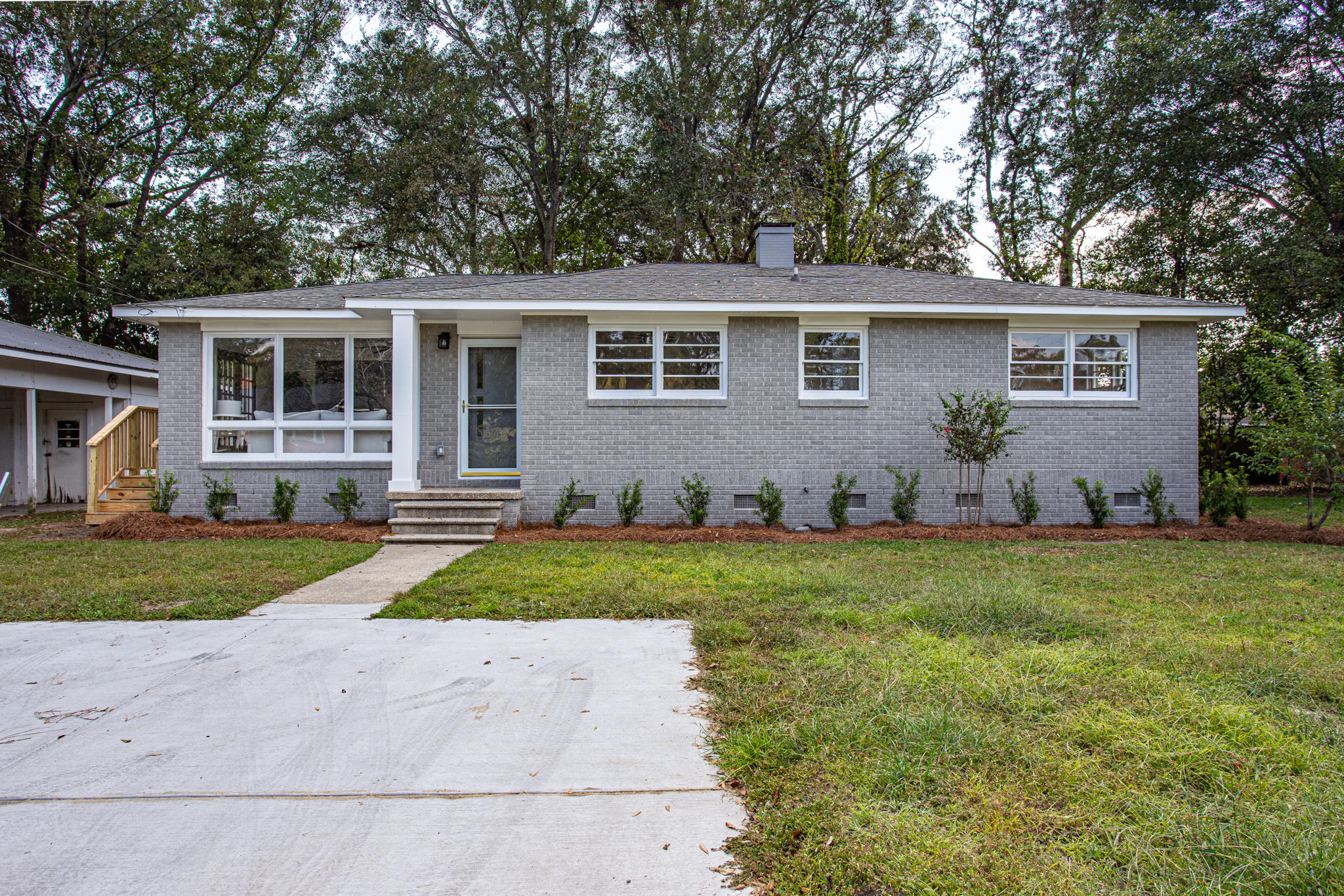 5211 Potomac Street North Charleston, SC 29405