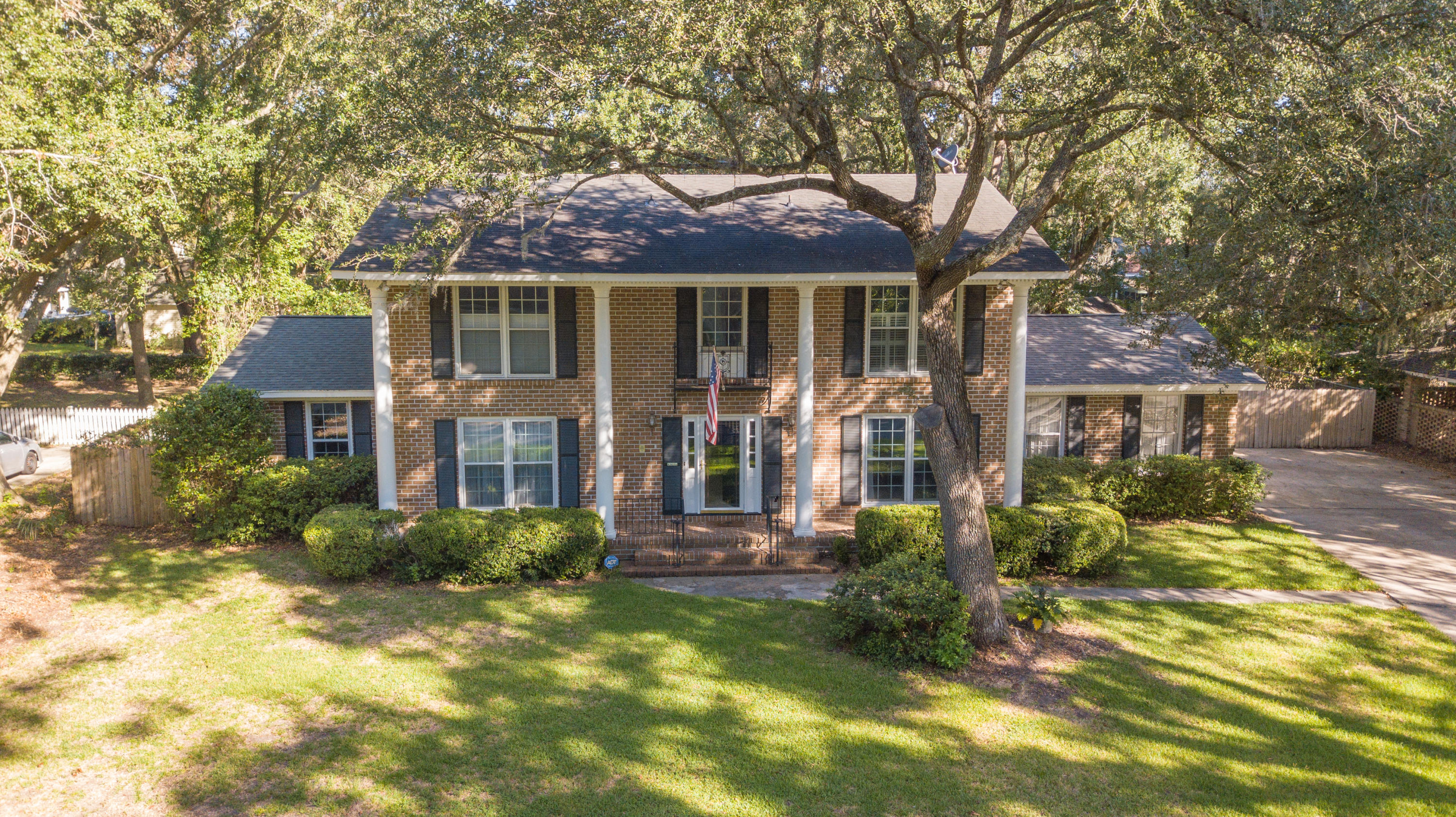 1858 Houghton Drive Charleston, Sc 29412