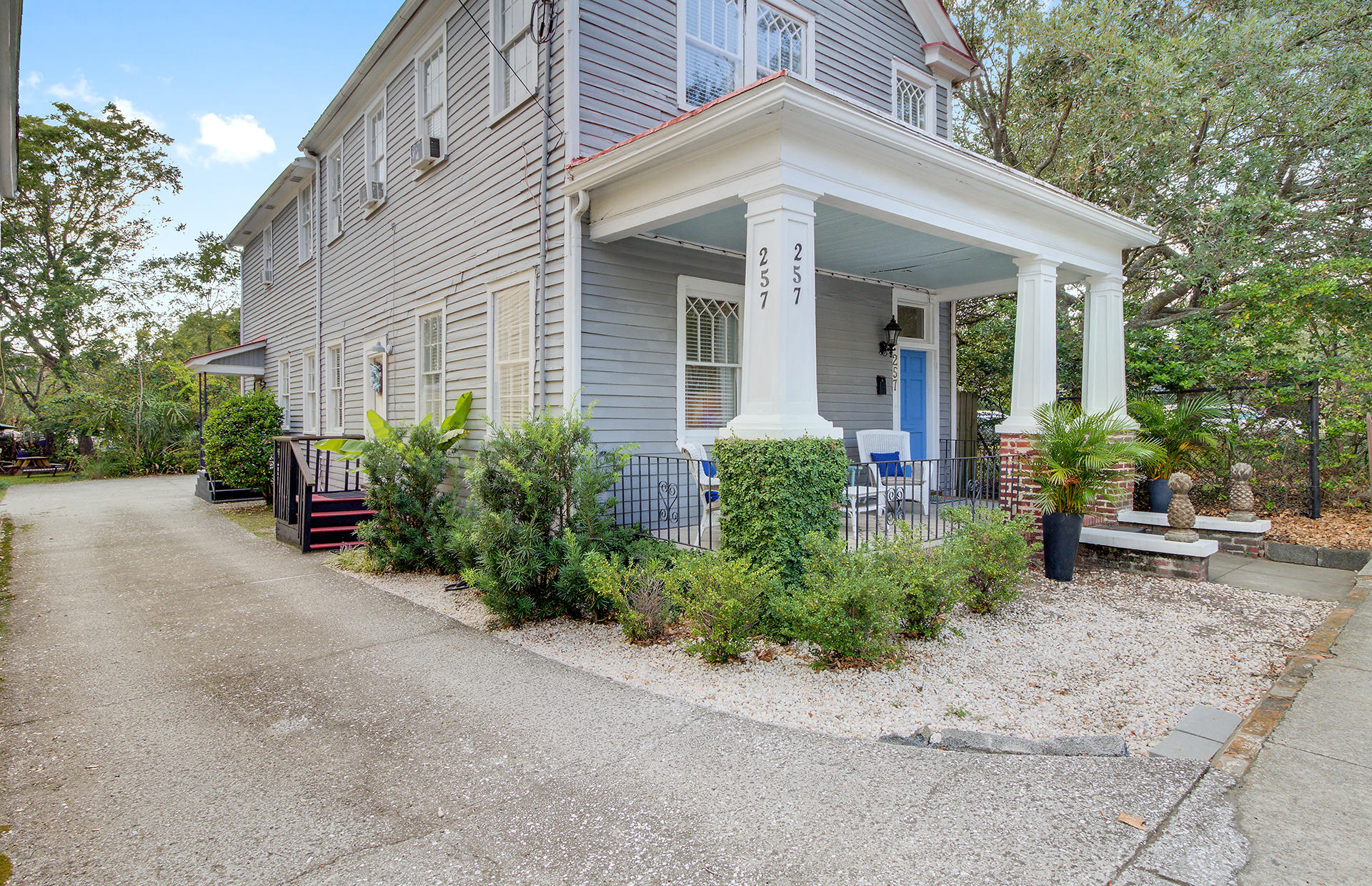 257 Ashley Avenue Charleston, Sc 29403