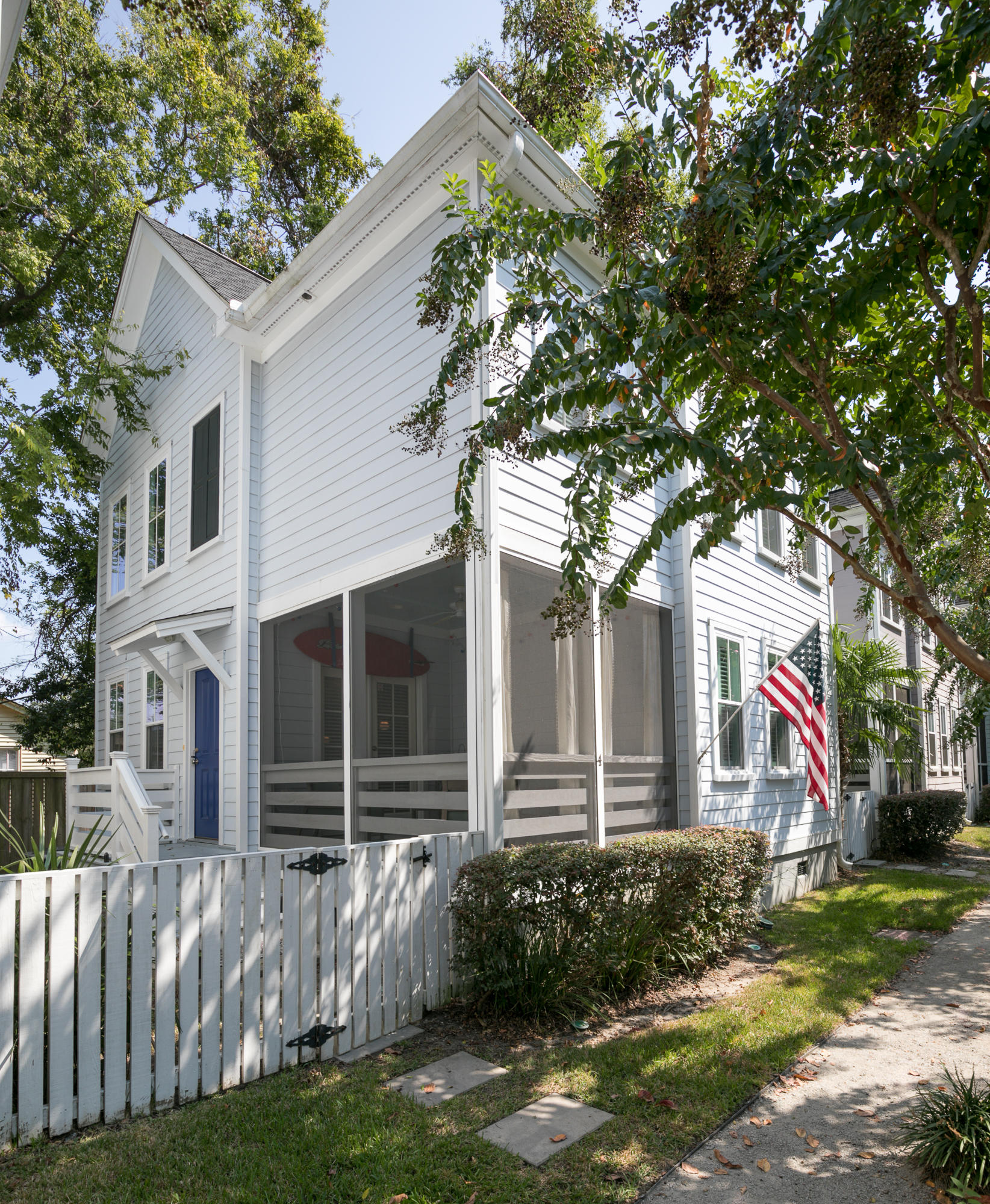 79 #4 Grove Street Charleston, SC 29403