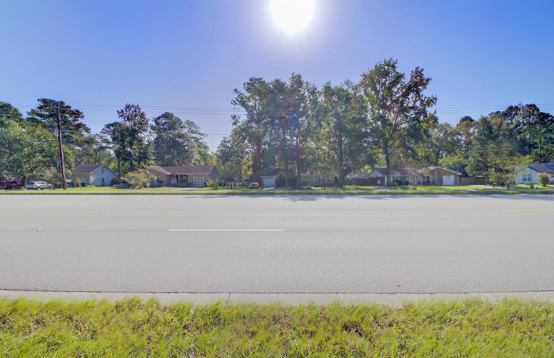 101 Woodland Drive Summerville, SC 29485