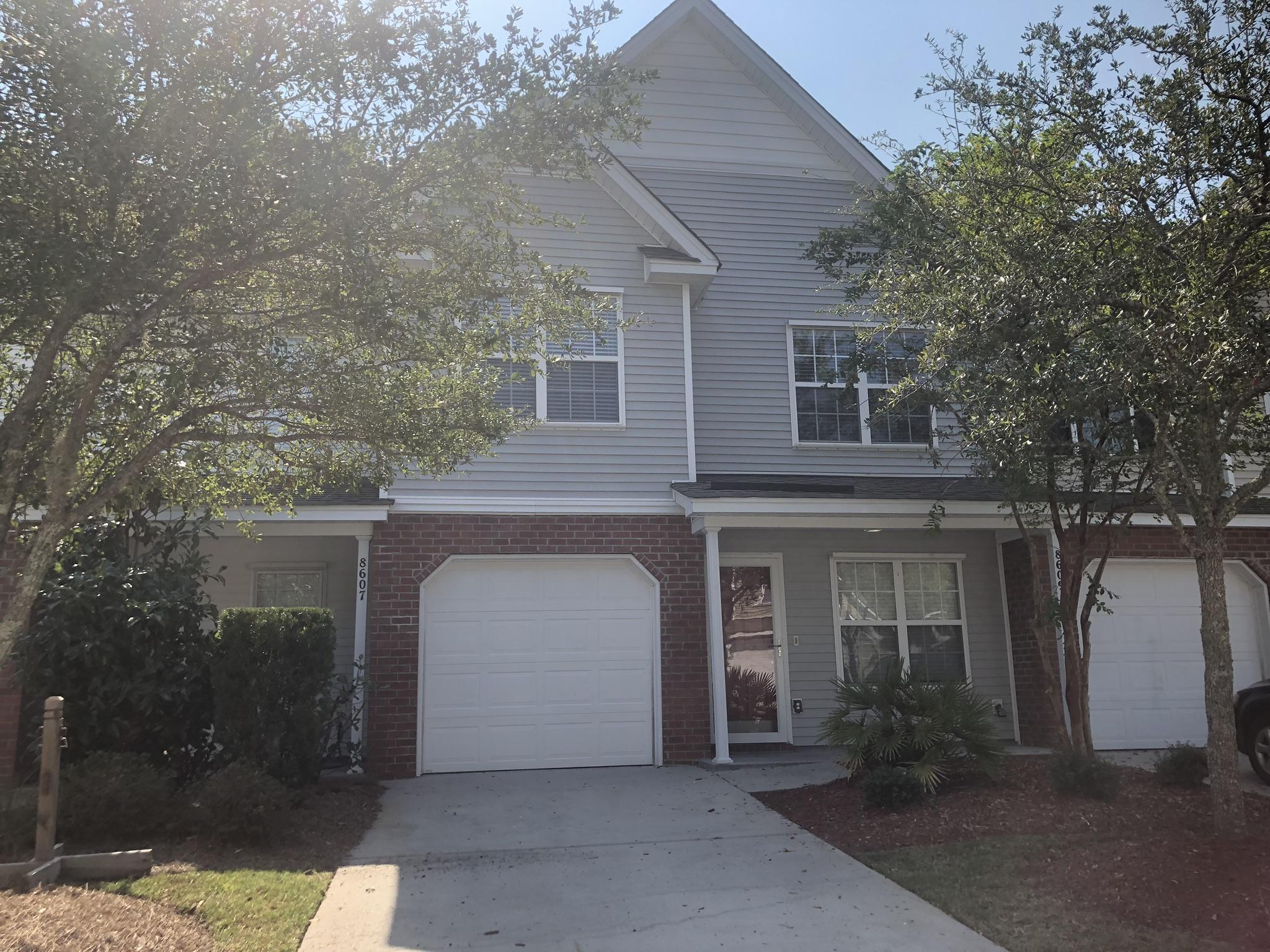 8609 Grassy Oak Trail North Charleston, SC 29420