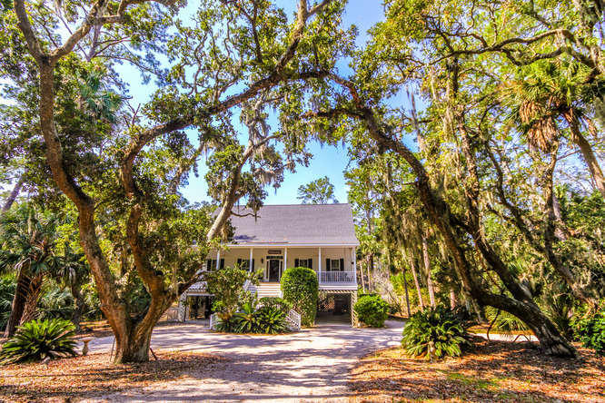 737 Fairway Drive Edisto Beach, SC 29438