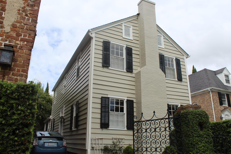 11 Bedons Alley Charleston, SC 29401