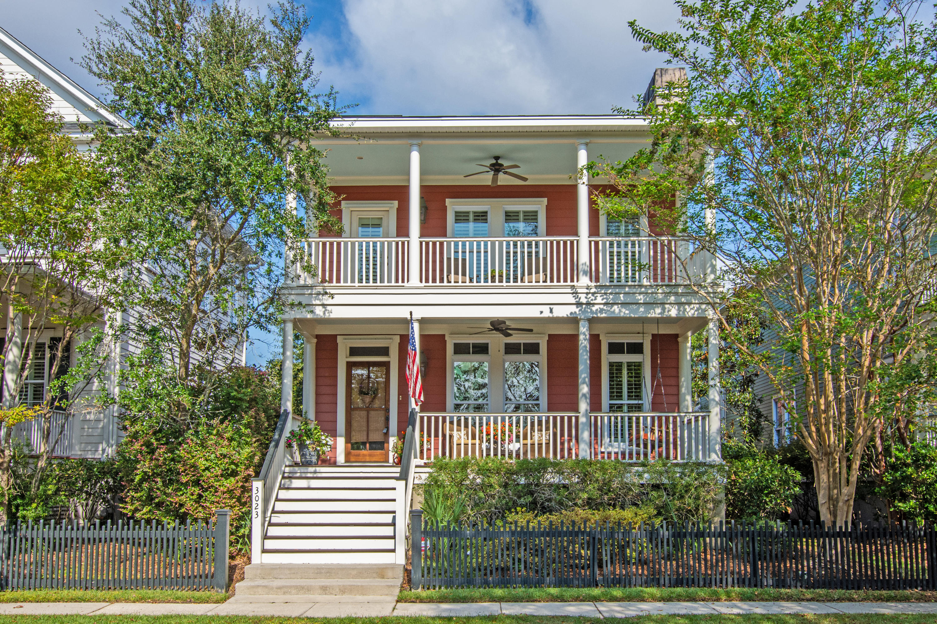 3023 Viscount Street Charleston, SC 29492
