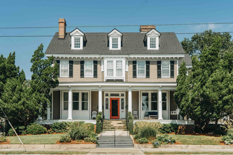 182 Tradd Street Charleston, SC 29401