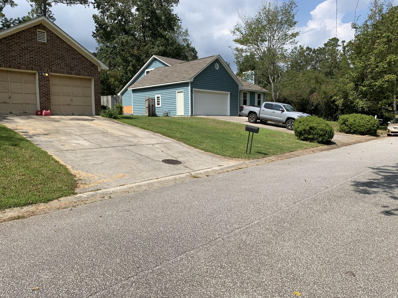 Pryors Lane North Charleston, SC 29418