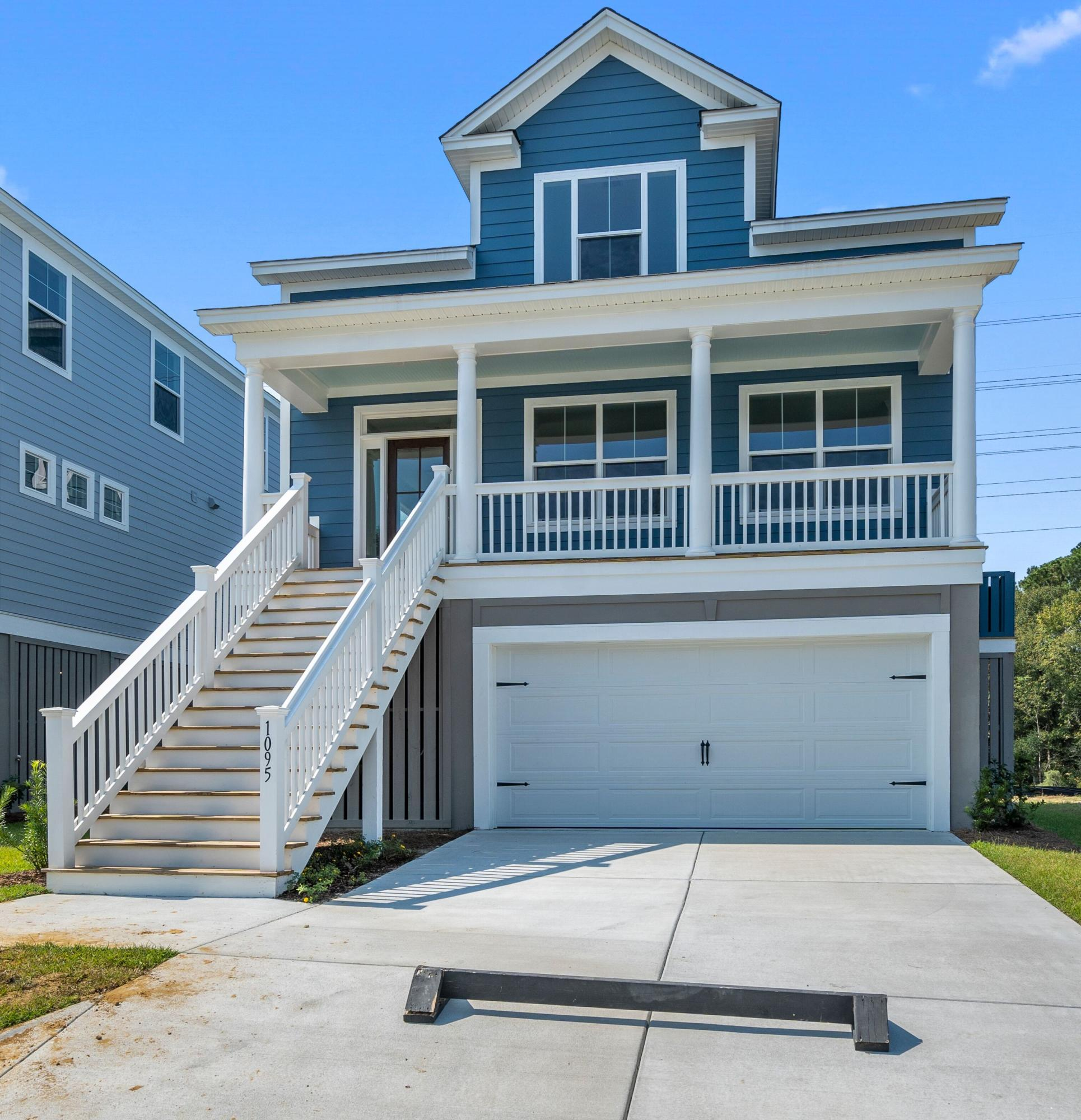 1095 Oak Bluff Avenue Charleston, SC 29492