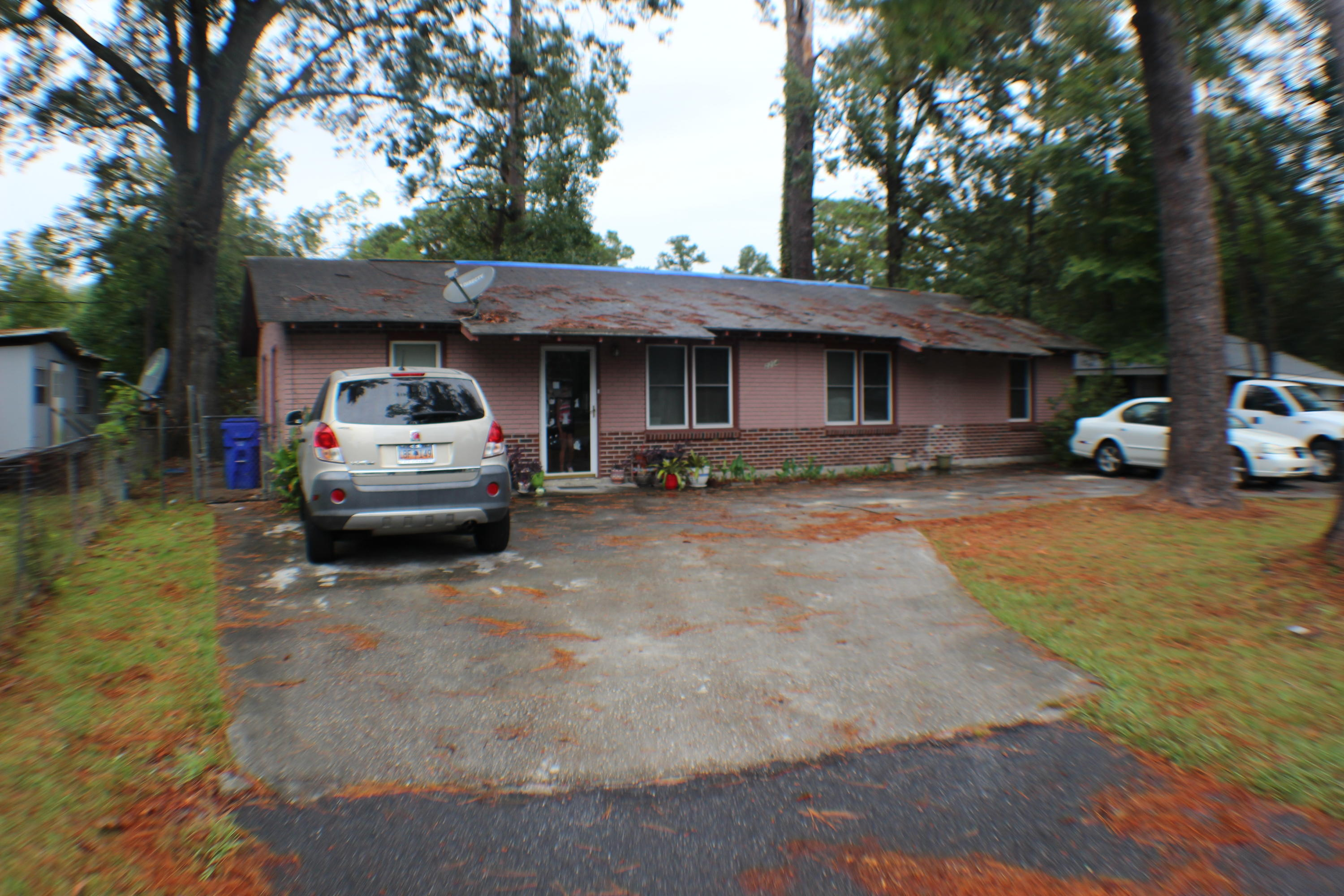 2204 Van Buren Avenue North Charleston, SC 29406
