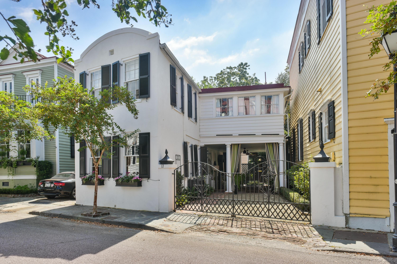 17 Water Street Charleston, SC 29401