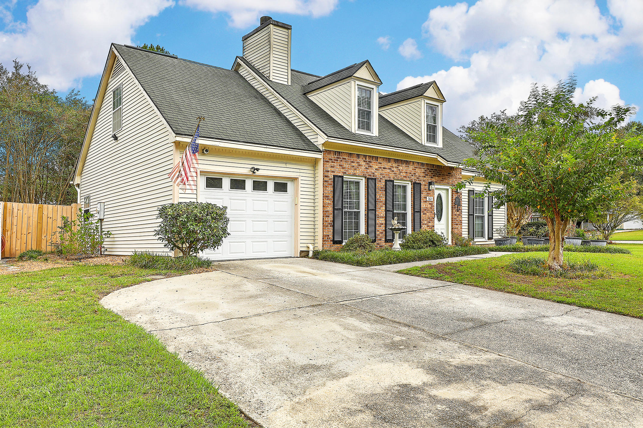 161 Commons Way Goose Creek, SC 29445