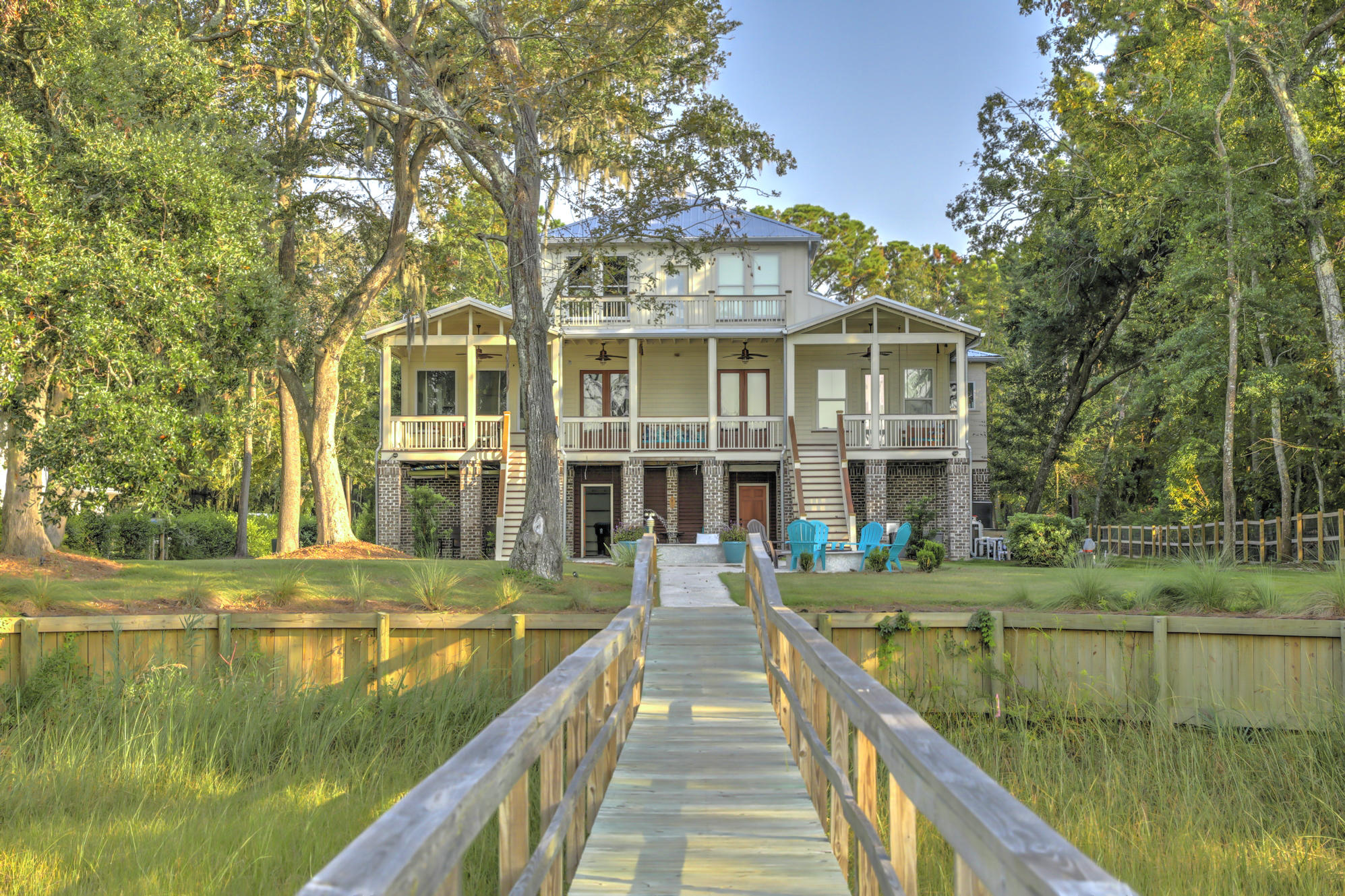 1110 Pinefield Drive Charleston, SC 29492