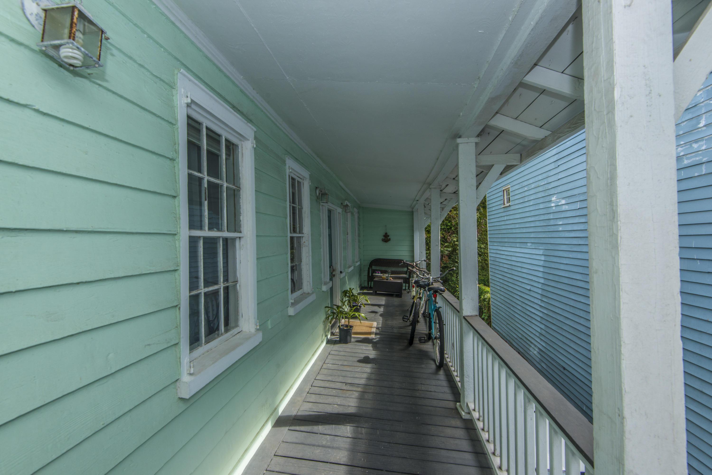 296 Ashley Avenue Charleston, SC 29403