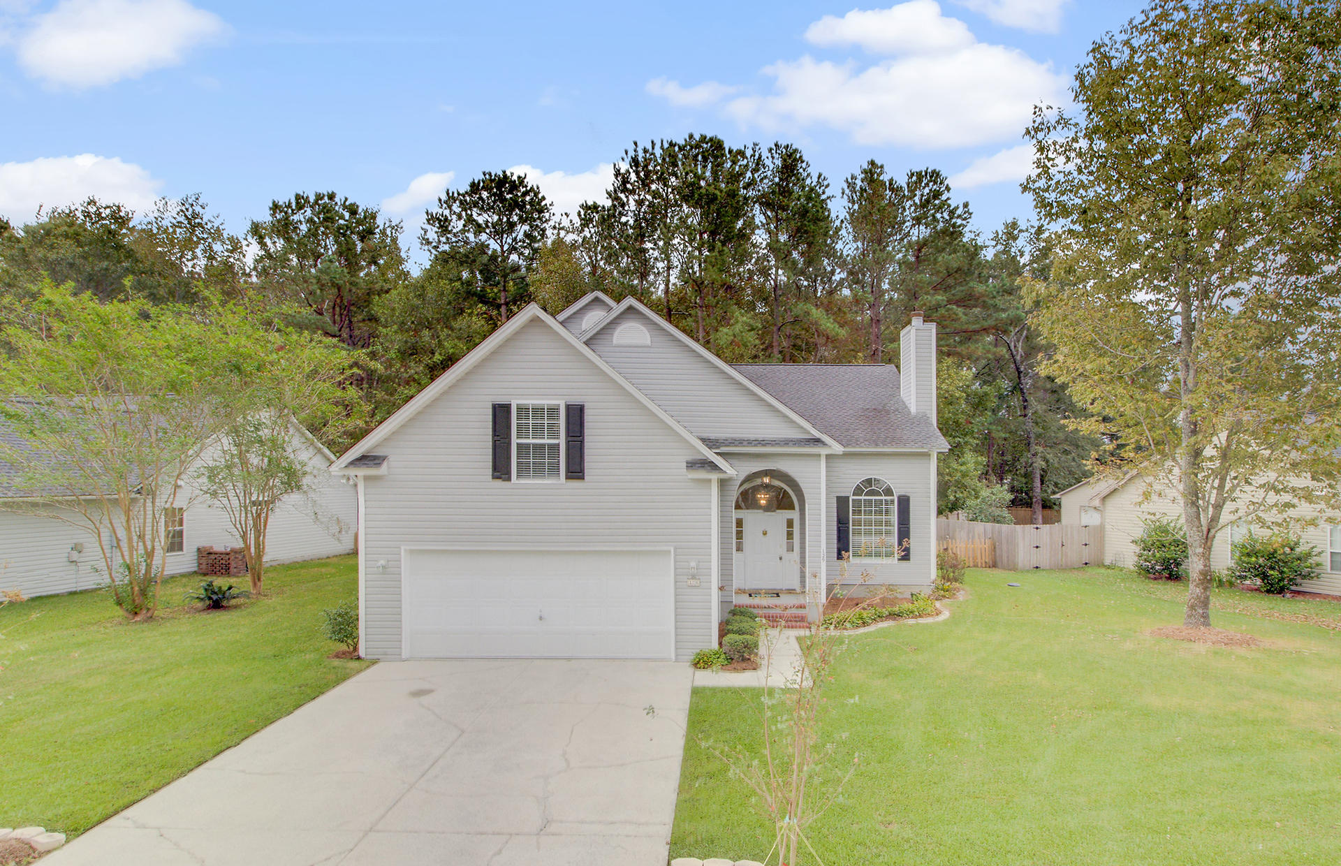 129 Chatfield Circle Goose Creek, SC 29445