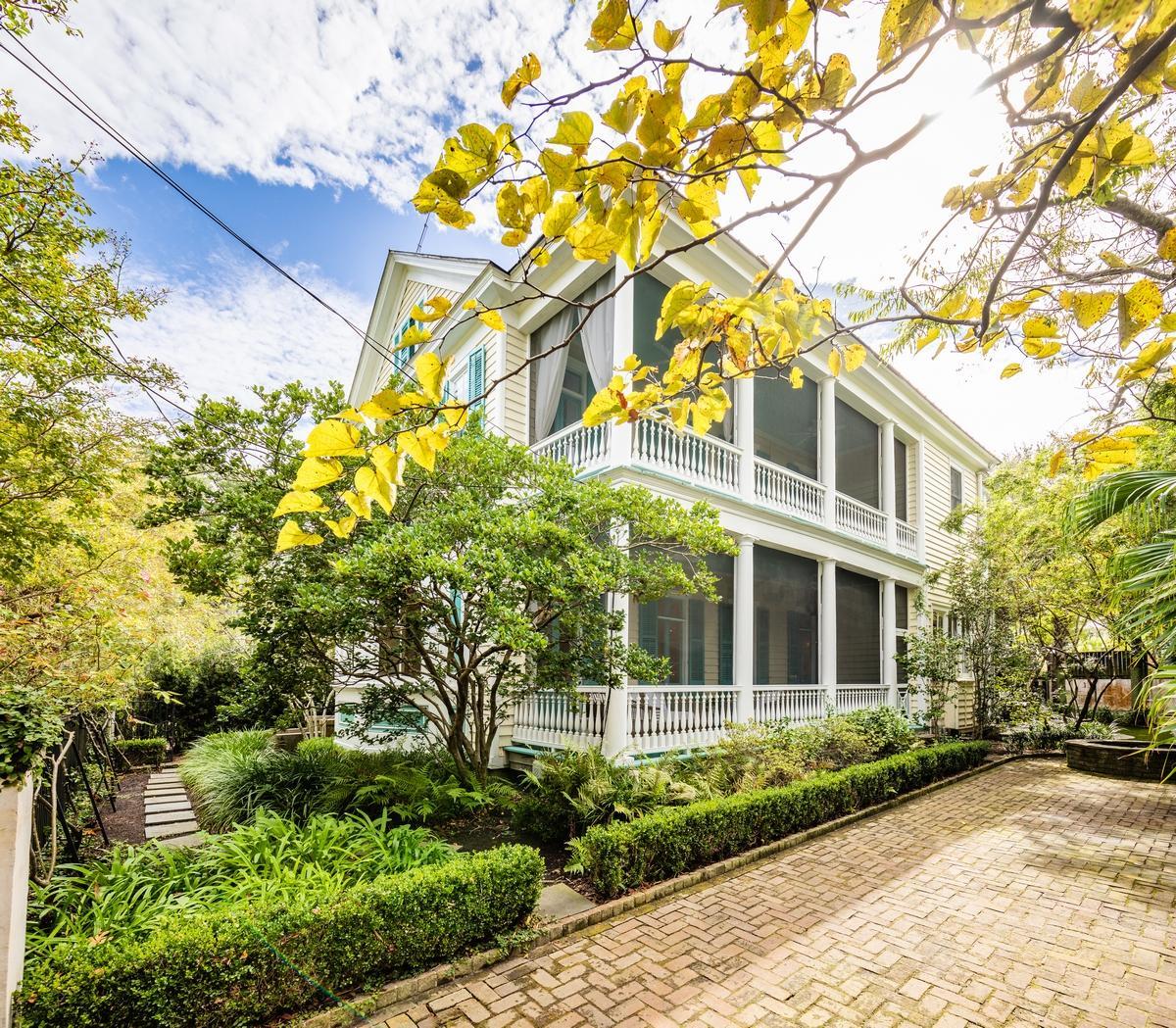 39 Montagu Street Charleston, SC 29401