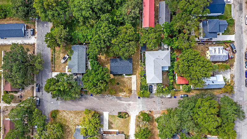 211 Greenwich Street Mount Pleasant, SC 29464