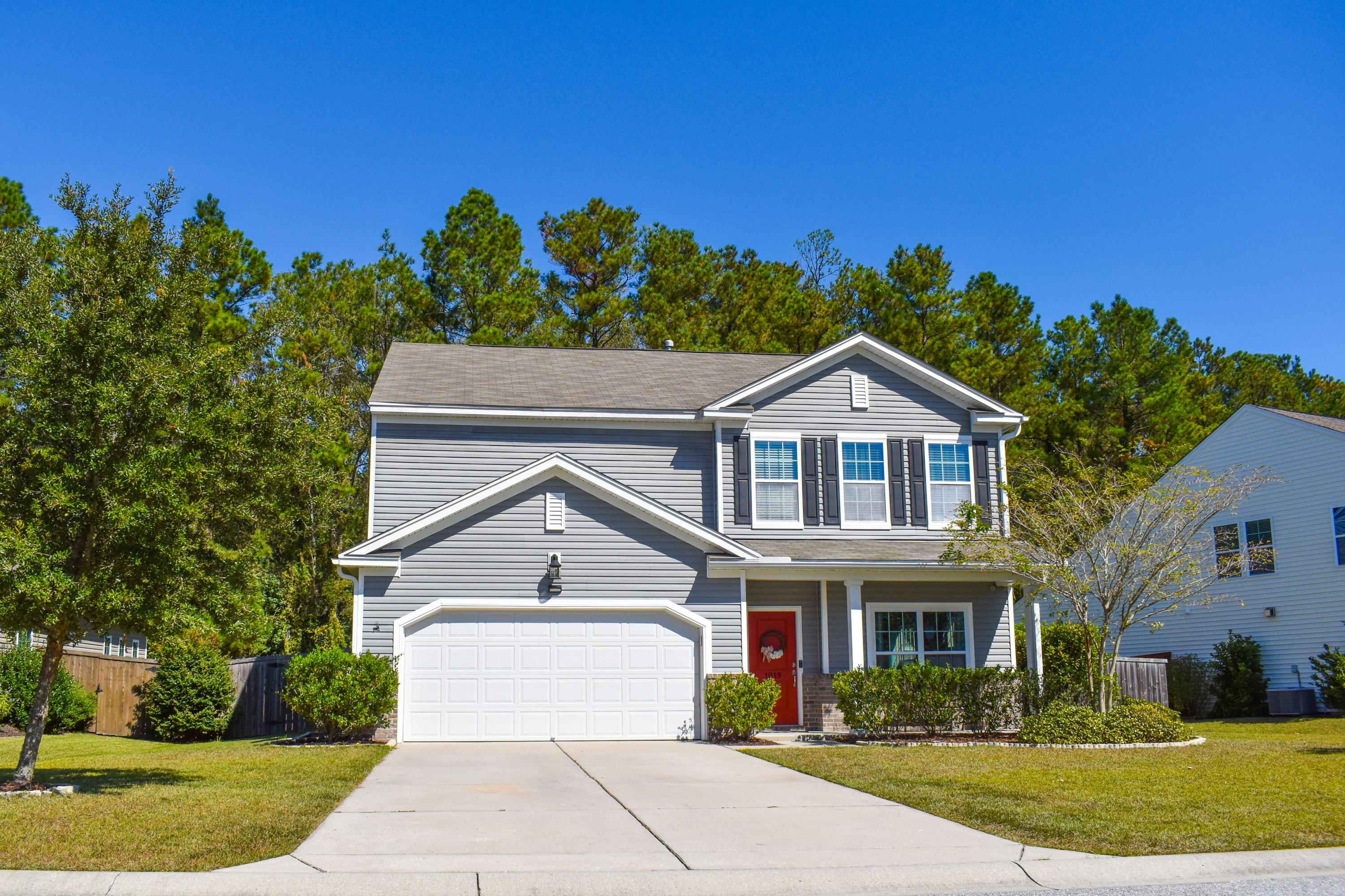 1019 Victoria Pointe Lane Summerville, SC 29485