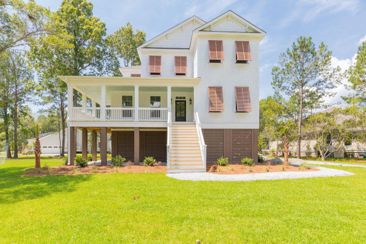 4902 Sound View Drive Mount Pleasant, SC 29466