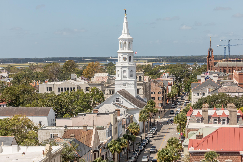 18 #801 Broad Street Charleston, SC 29401