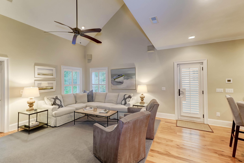 Phillips Park Homes For Sale - 1124 Phillips Park, Mount Pleasant, SC - 2