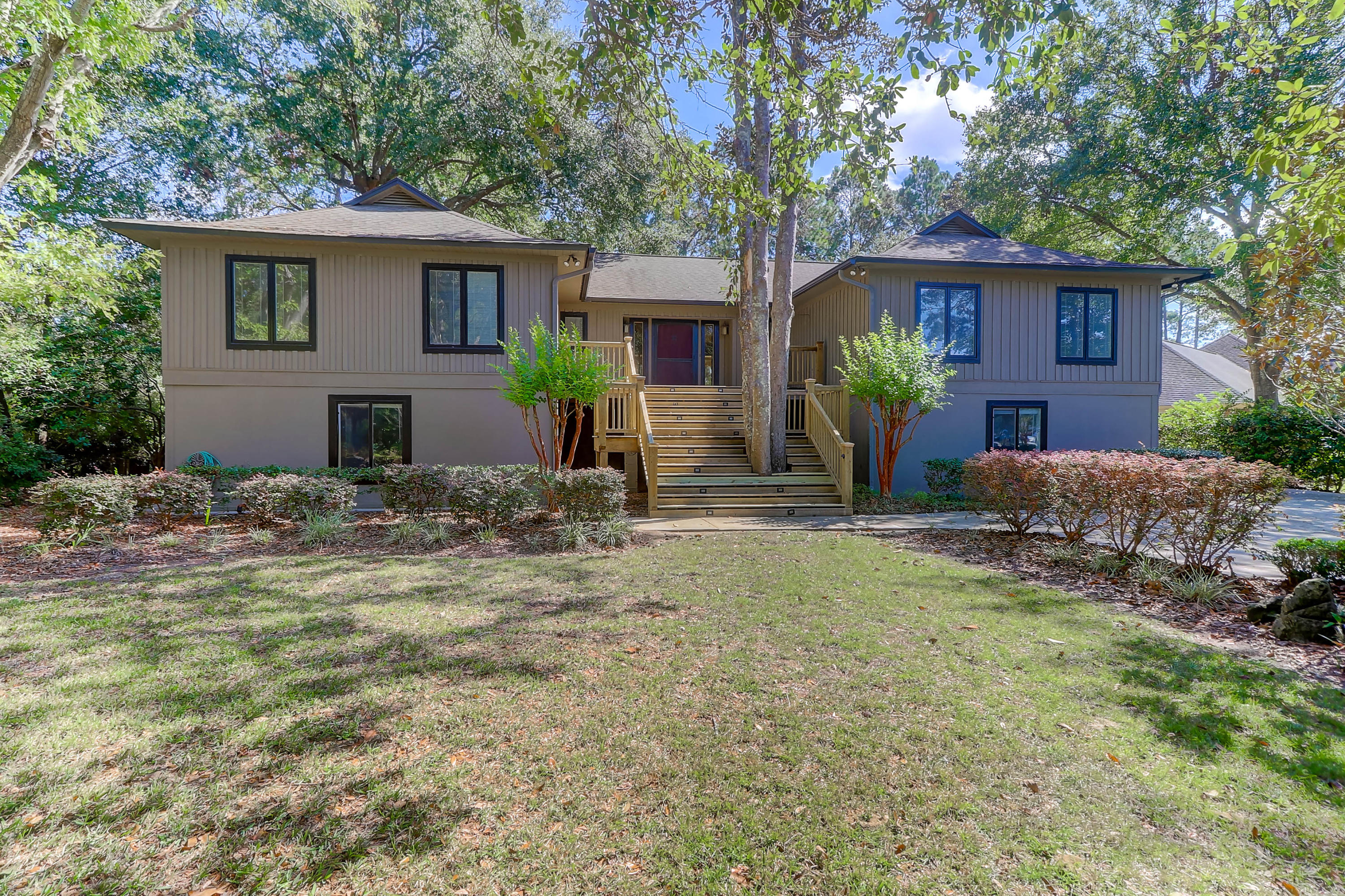 1163 Farm Quarter Road Mount Pleasant, SC 29464
