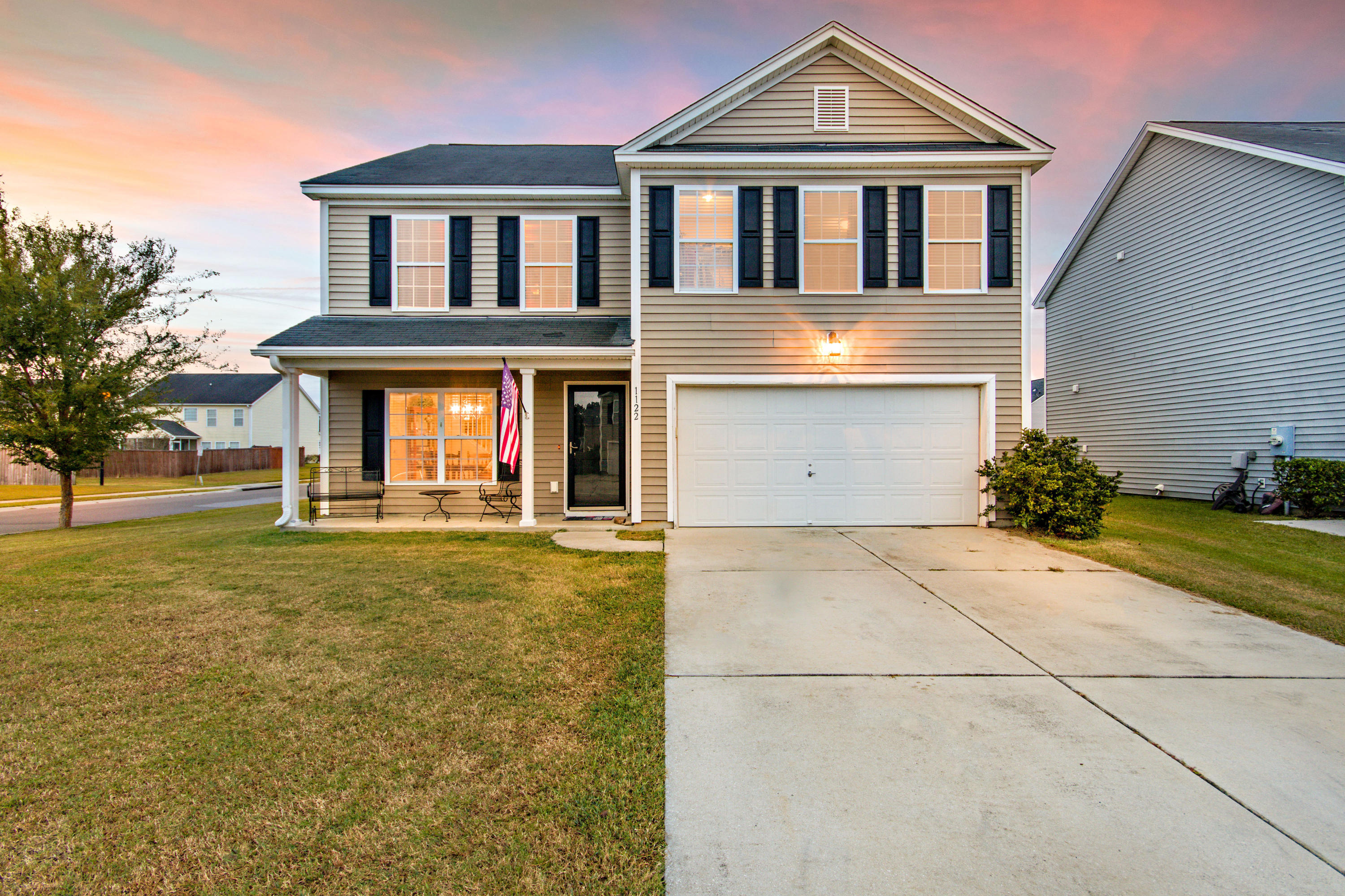 1122 Flyway Road Summerville, SC 29483