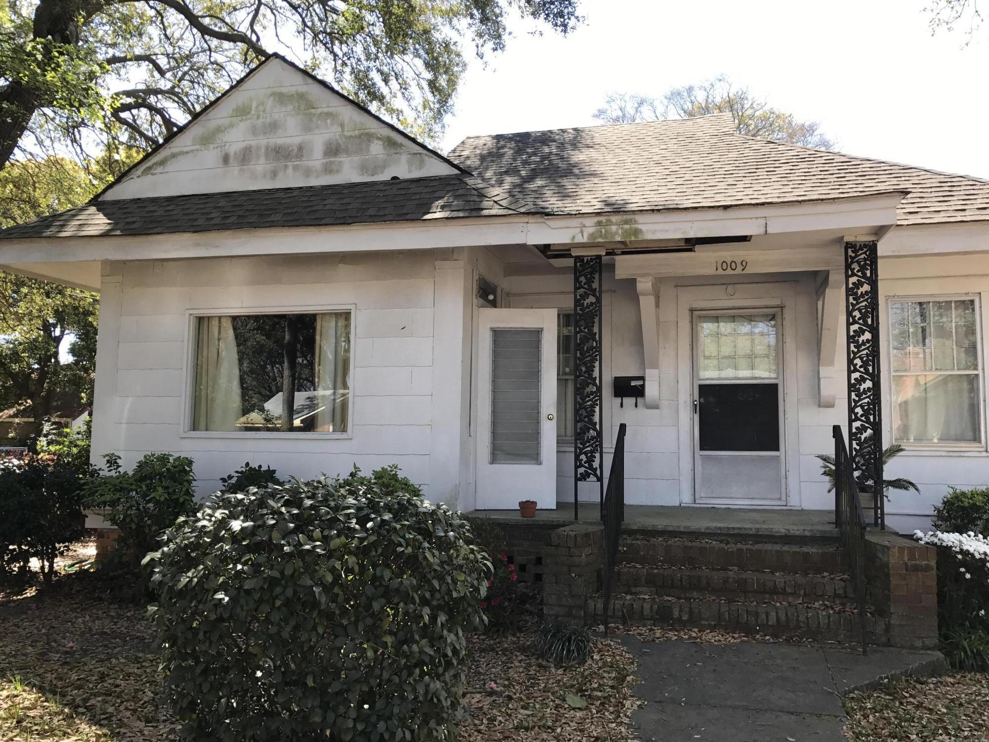 1009 Bethany Street North Charleston, SC 29405