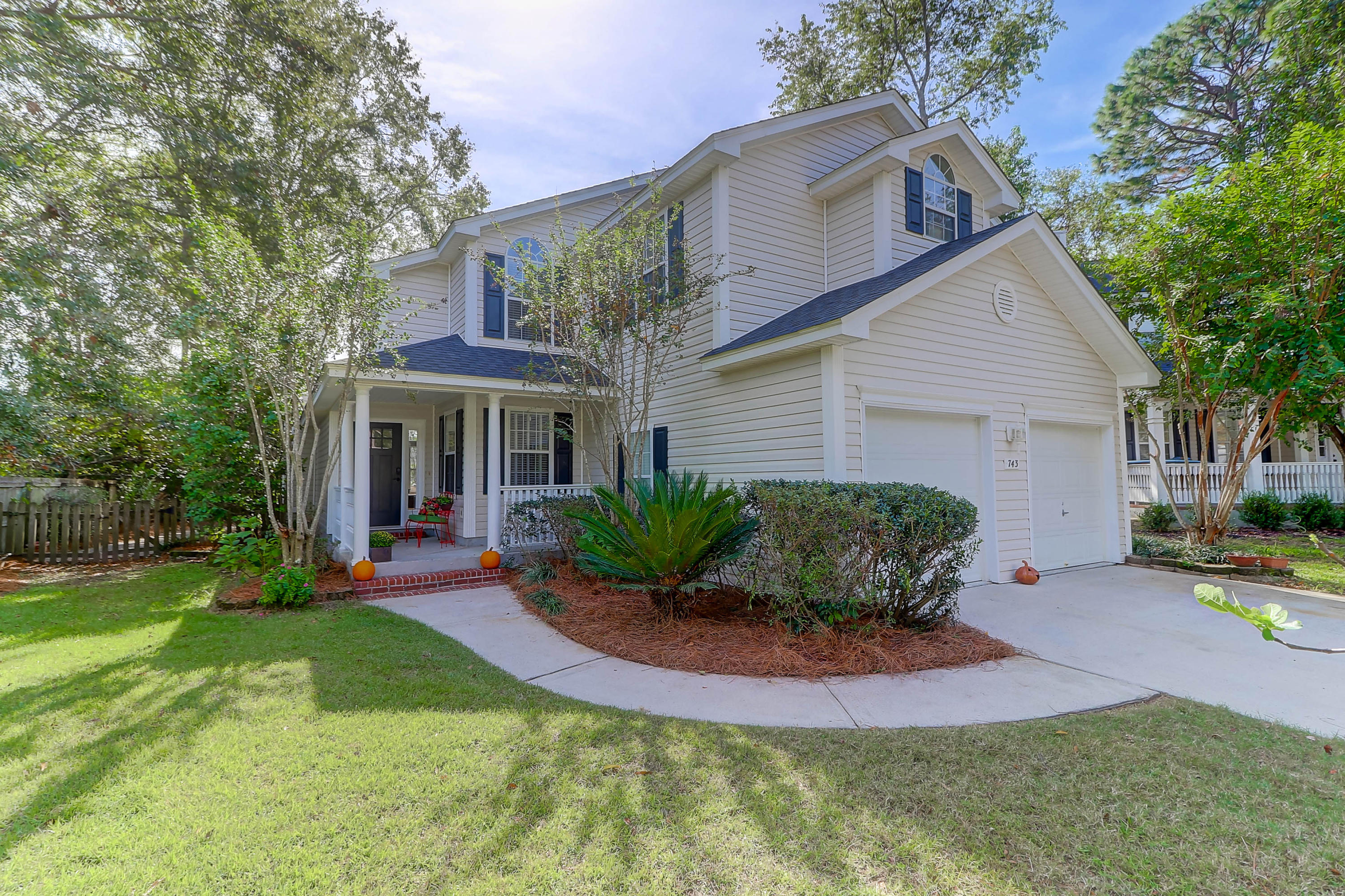 743 Majestic Oaks Drive Charleston, SC 29412