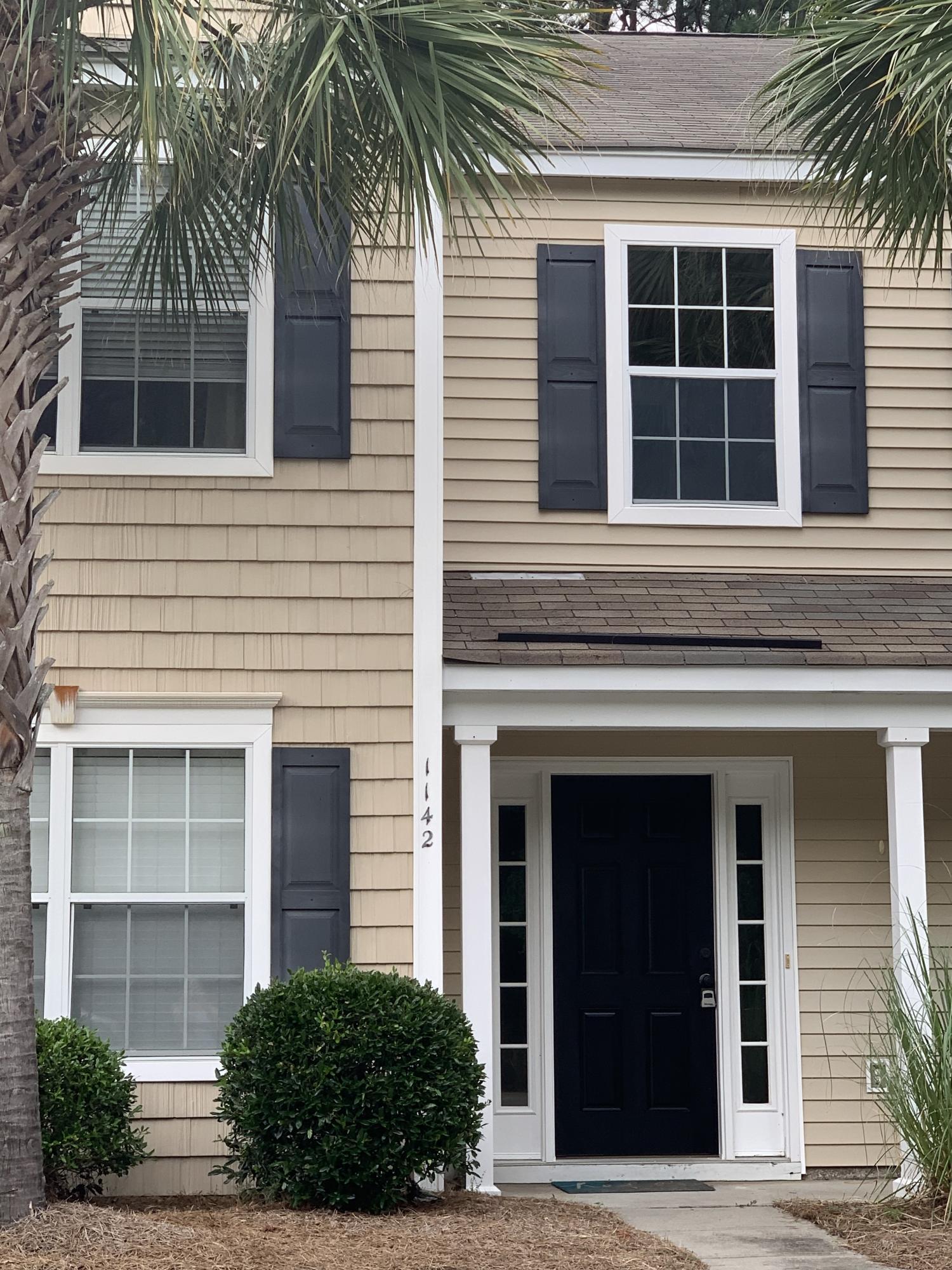 1142 Island Club Drive Charleston, SC 29492