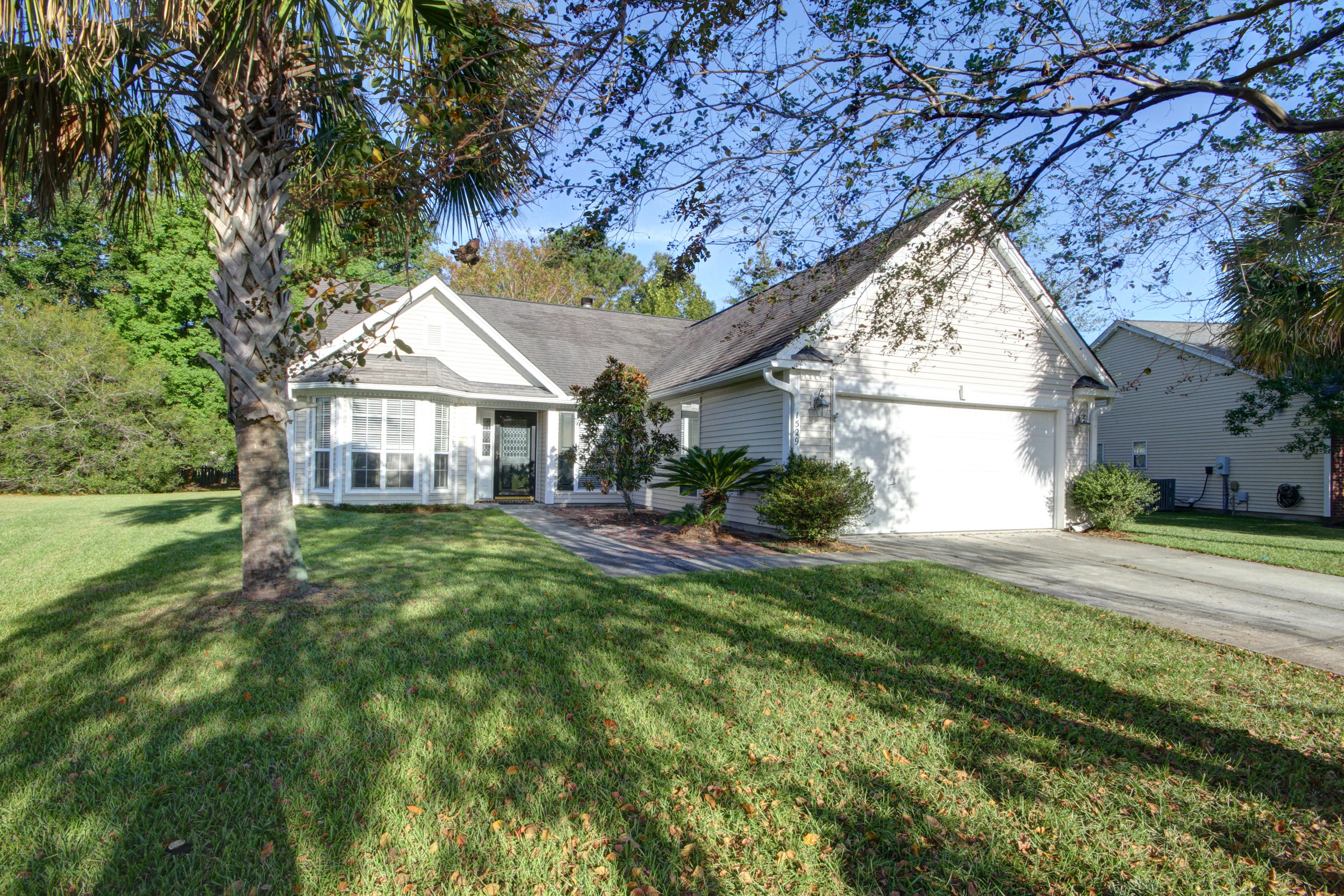 1529 Sweet Myrtle Circle Mount Pleasant, SC 29466