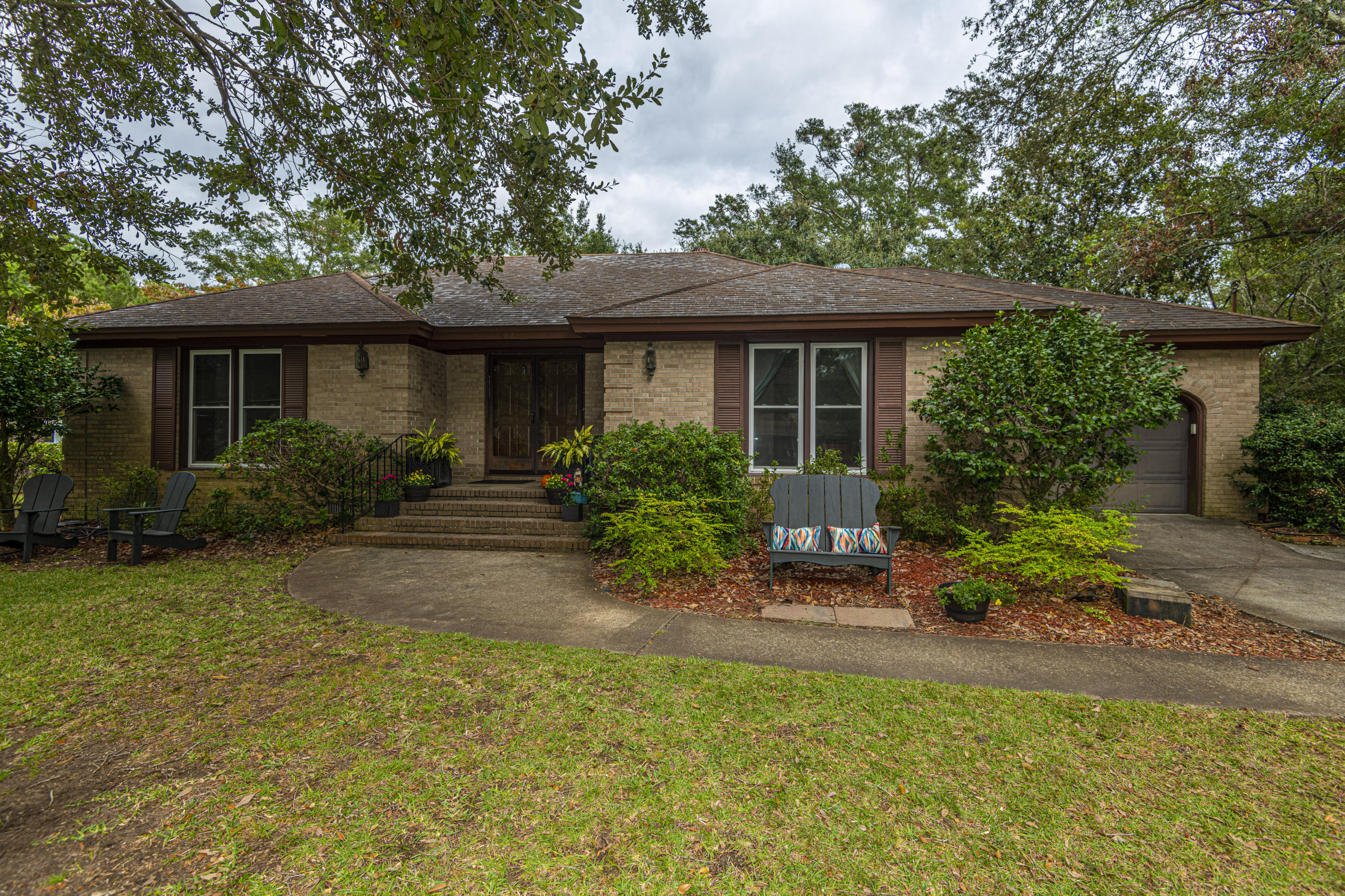 662 Oakfield Drive Charleston, Sc 29412