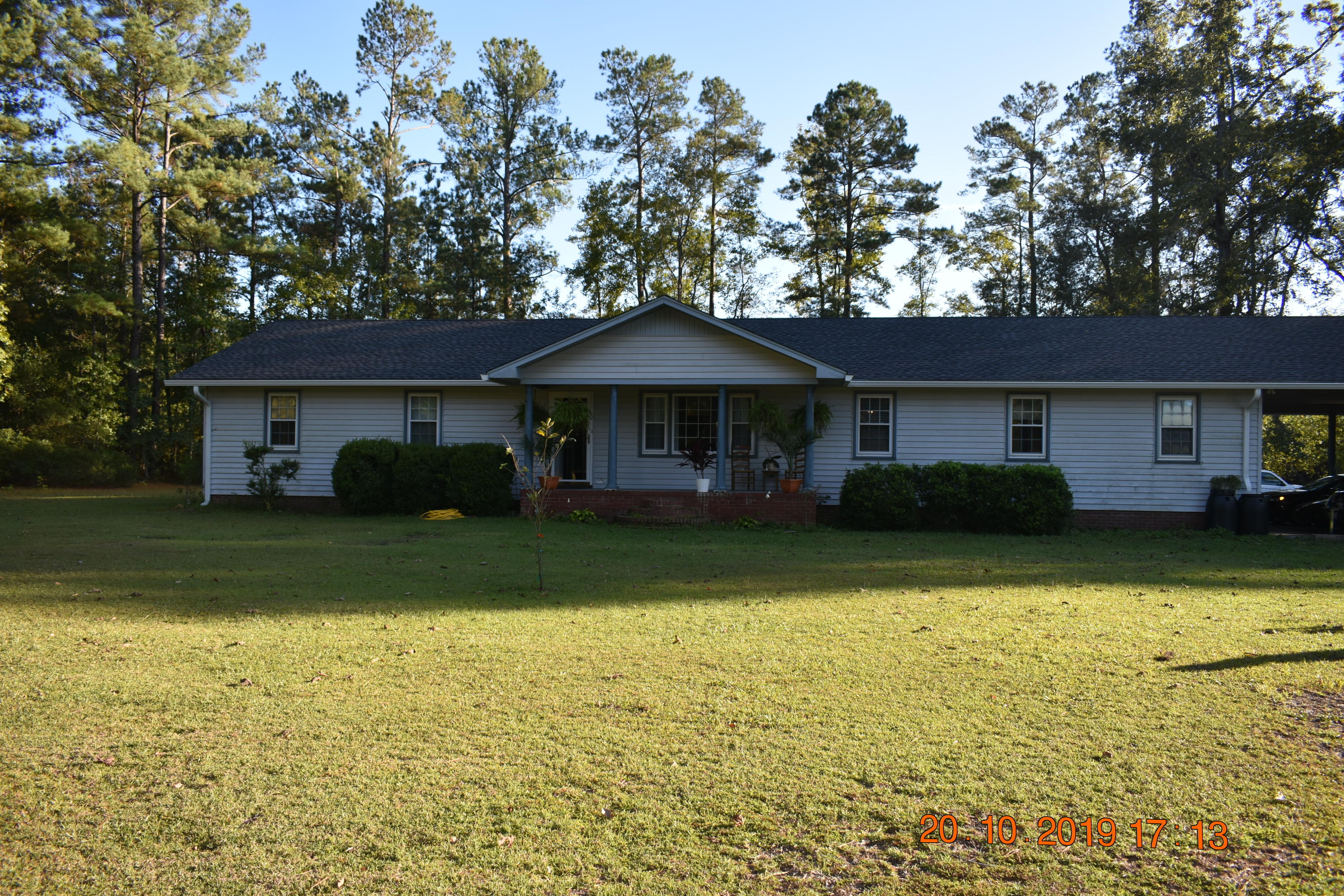 1826 Smoak Rd Road Walterboro, SC 29488