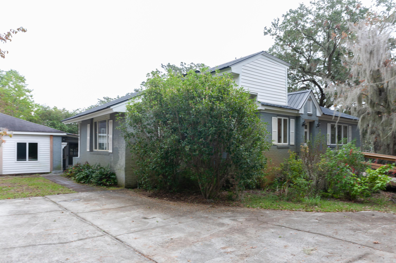 1363 S Edgewater Drive Charleston, SC 29407