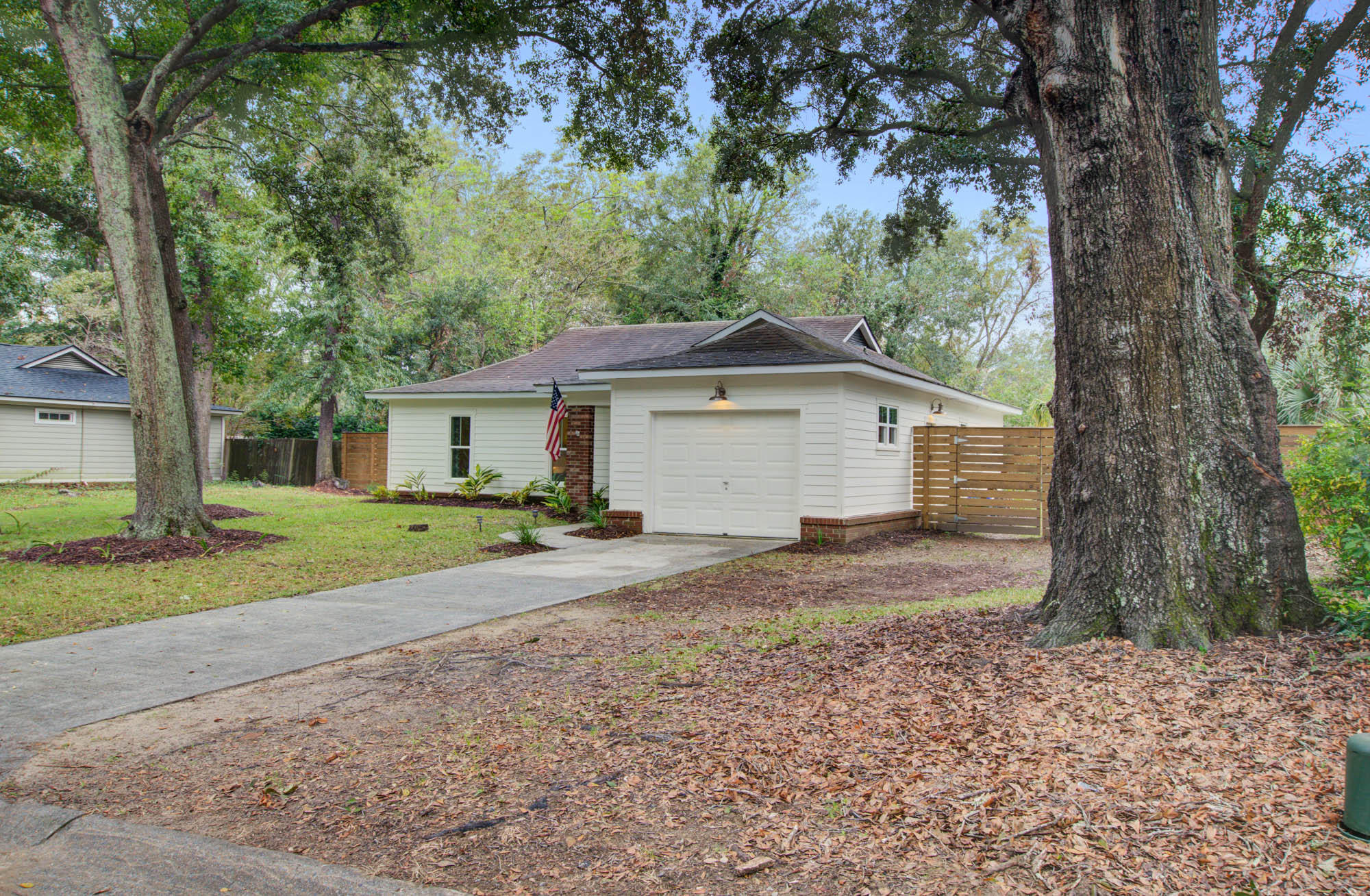 1233 Chicorie Way Charleston, Sc 29412
