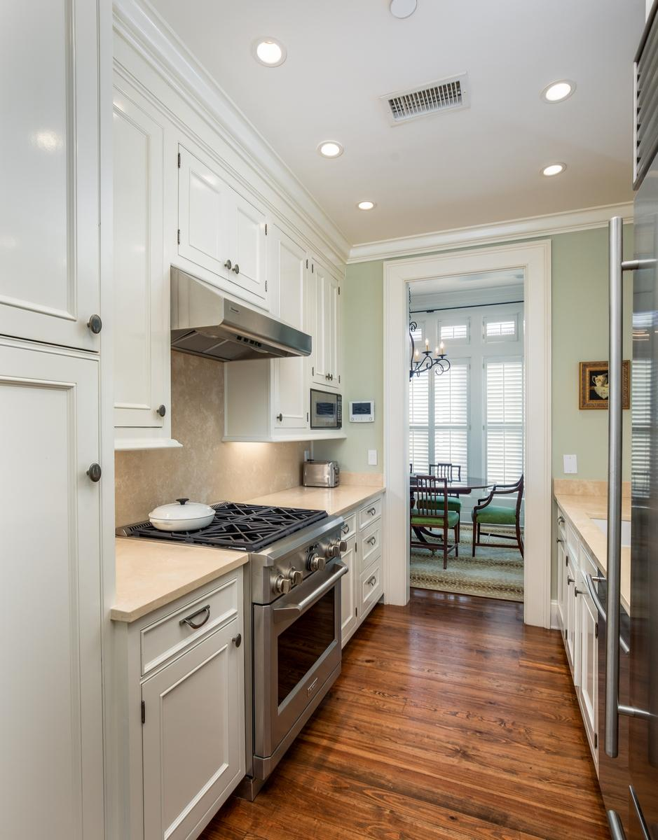 32 L Prioleau Street Charleston, SC 29401