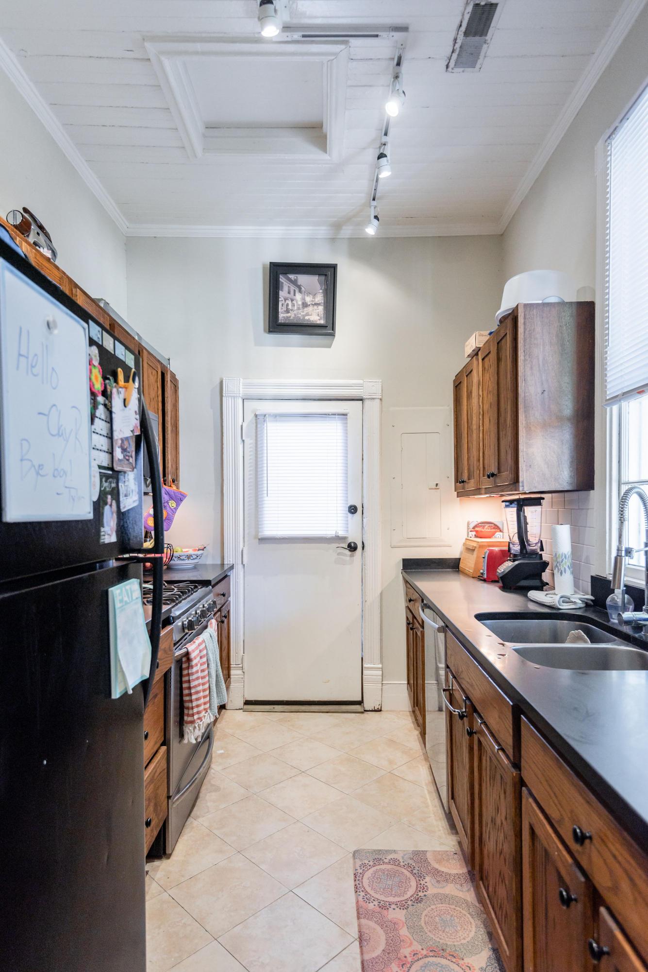 116 Abc Spring Street Charleston, SC 29403