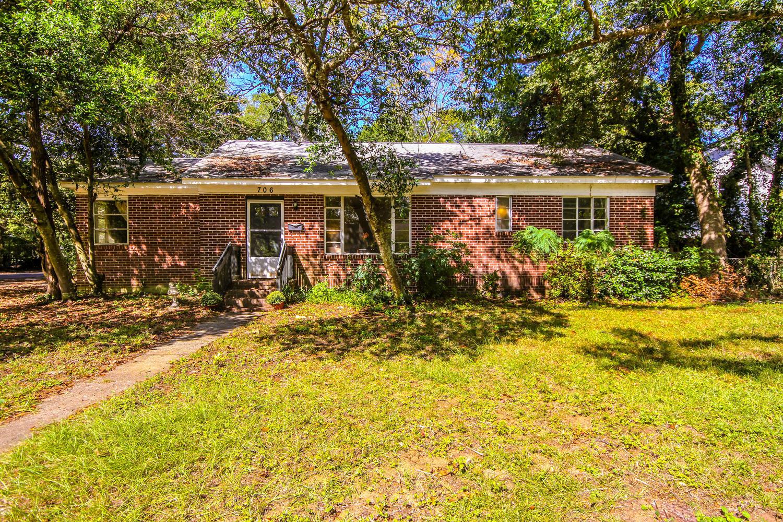 Mt Pleasant Hgts Homes For Sale - 706 Adluh, Mount Pleasant, SC - 0