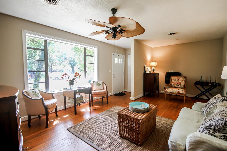Mt Pleasant Hgts Homes For Sale - 706 Adluh, Mount Pleasant, SC - 2