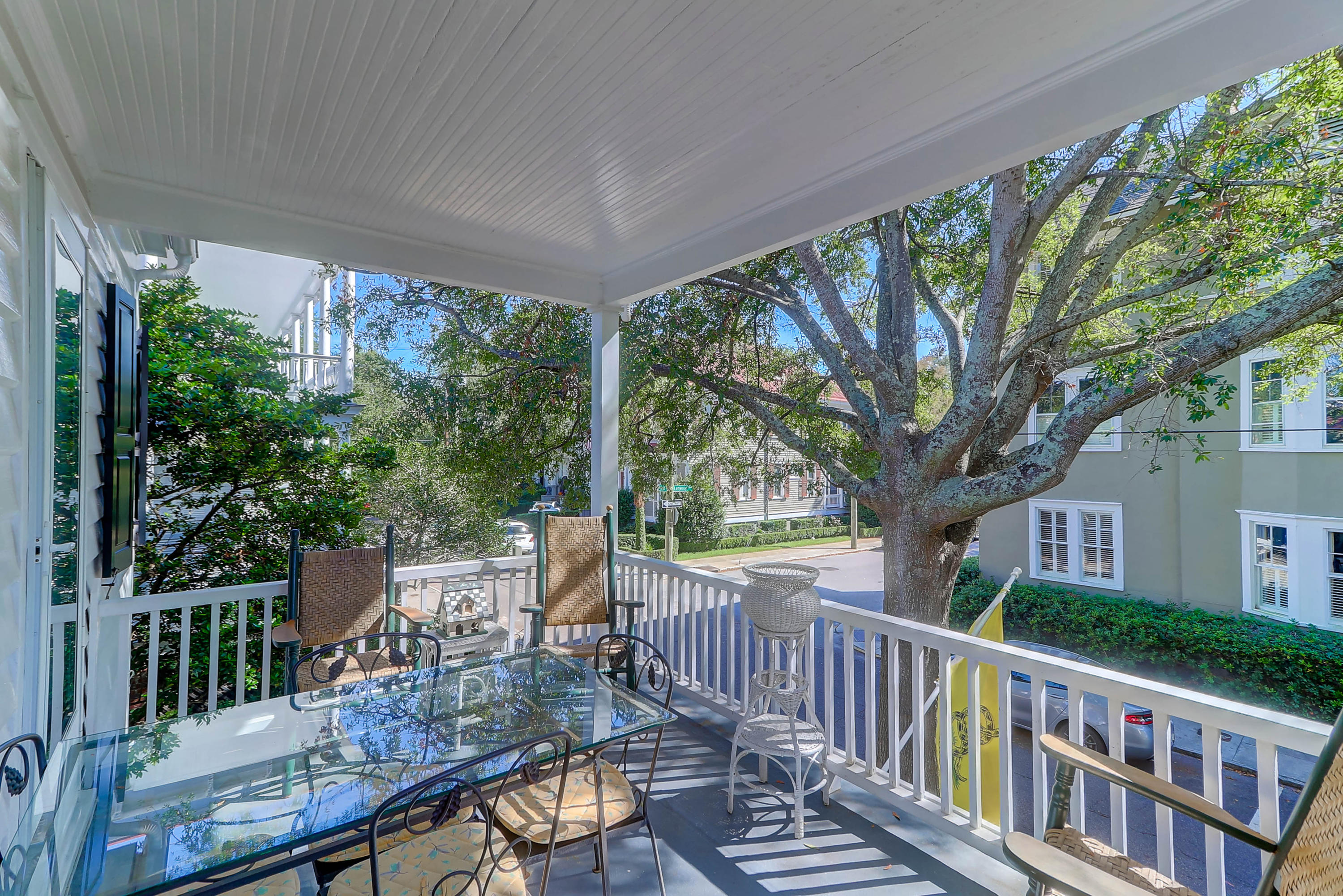 South of Broad Homes For Sale - 130 1/2 Tradd, Charleston, SC - 6